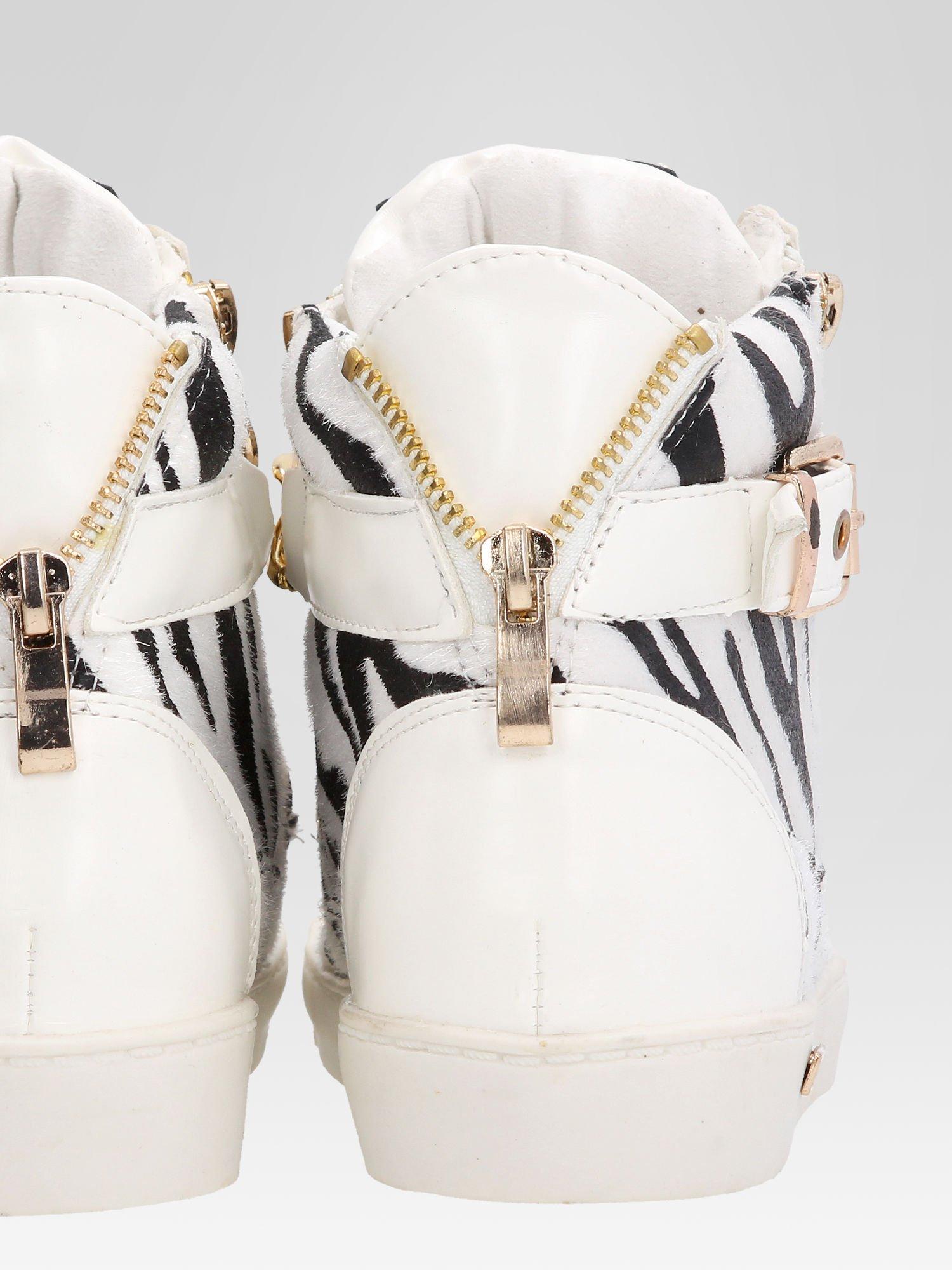Białe sneakersy damskie z motywem zebry                                  zdj.                                  8