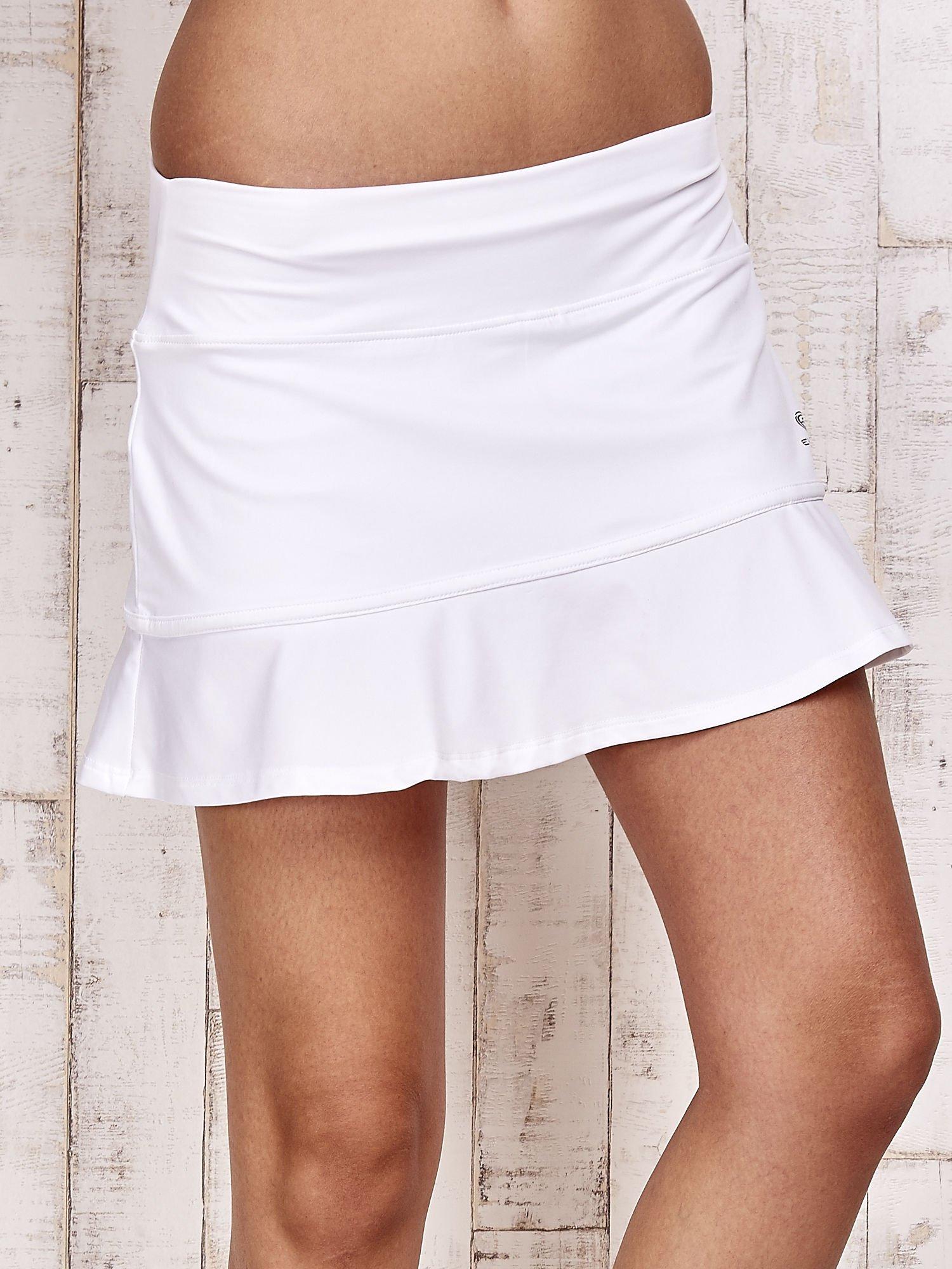 Białe spodenki spódniczka tenisowa z falbanką                                  zdj.                                  4