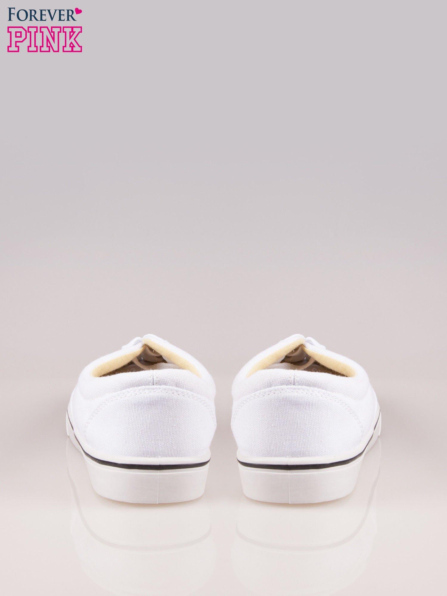 Białe tenisówki damskie na białej podeszwie                                  zdj.                                  3
