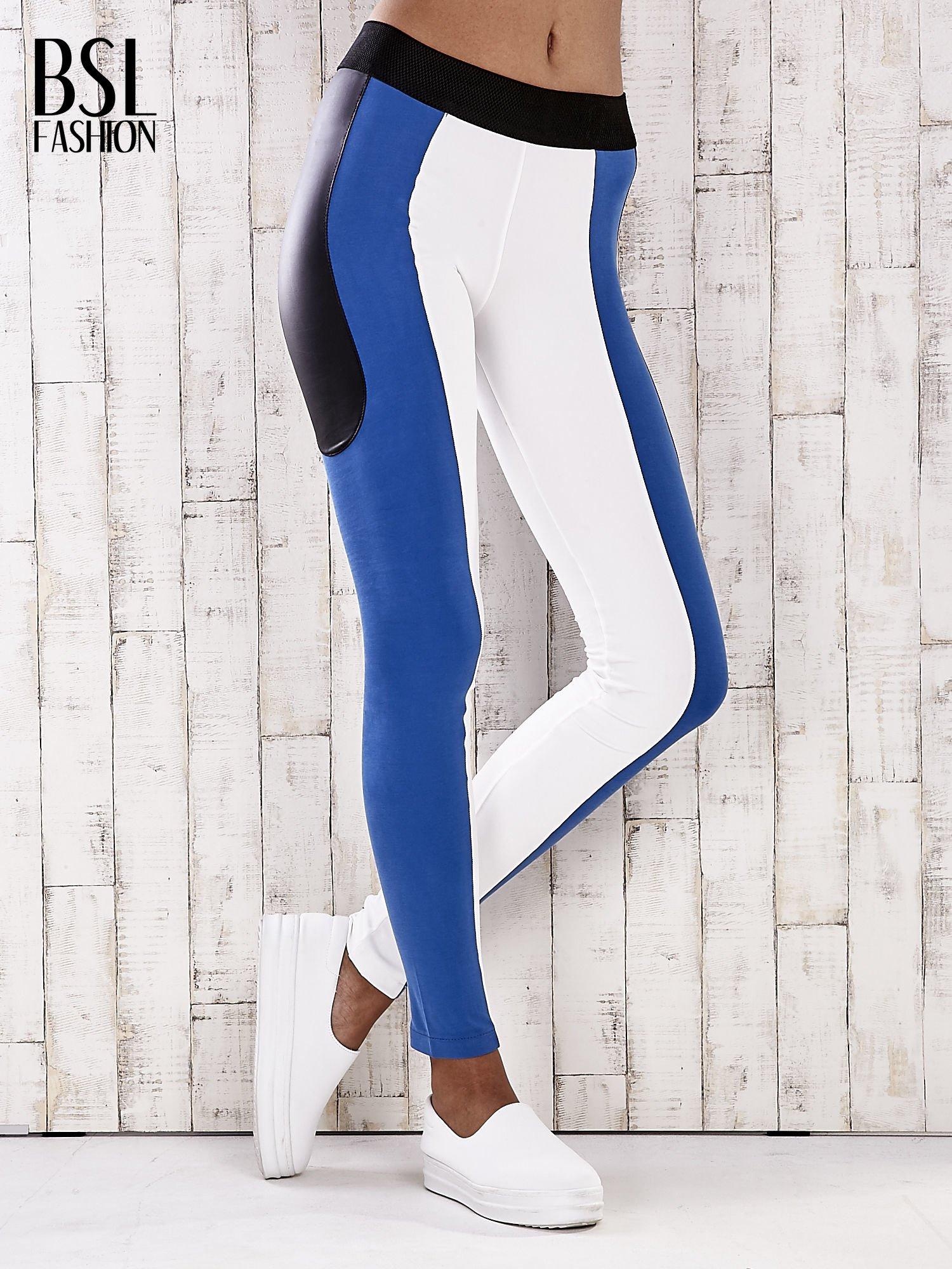 Biało-niebieskie legginsy z modułami                                  zdj.                                  1
