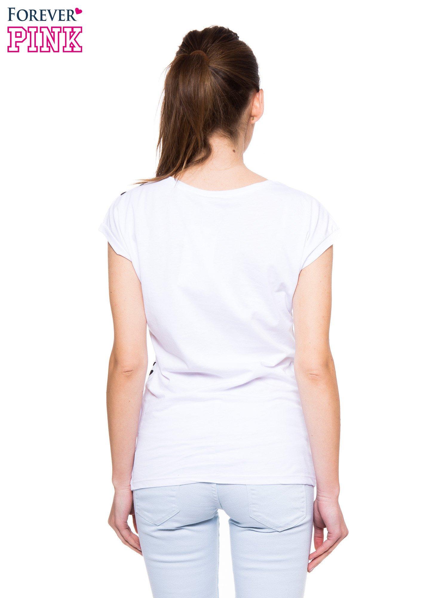 Biały panterkowy t-shirt ze złotym nadrukiem WILD SOUL                                  zdj.                                  3