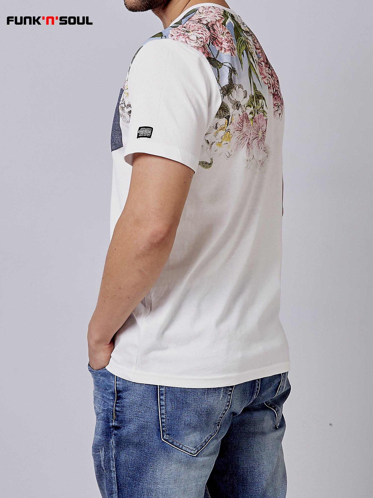 Biały t-shirt męski hipster w kwiaty Funk n Soul                                  zdj.                                  4