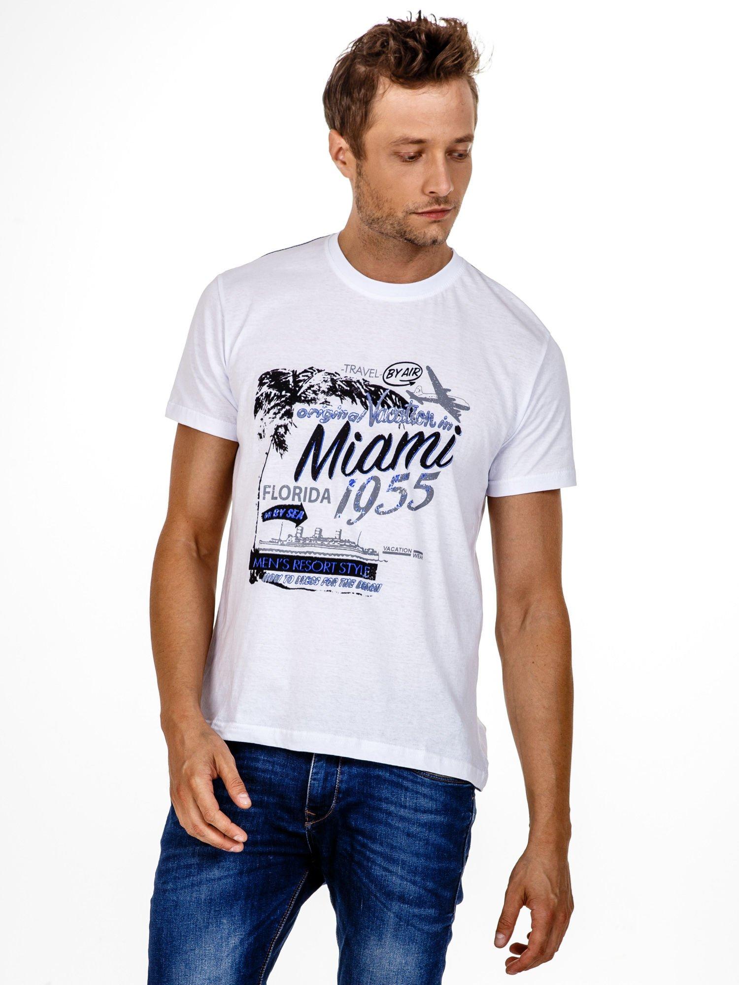 Biały t-shirt męski z nadrukiem napisów MIAMI FLORIDA 1955                                  zdj.                                  1