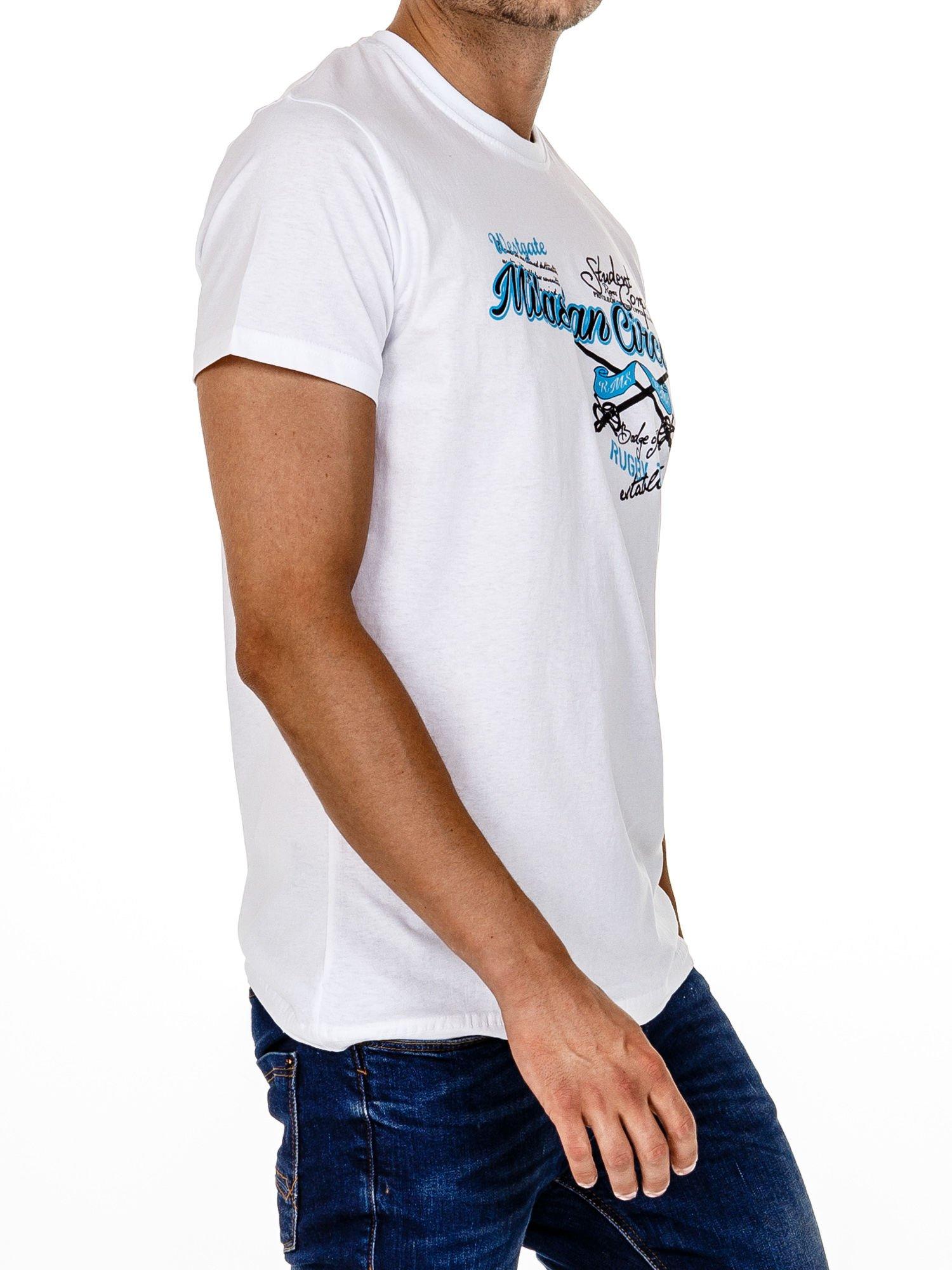 Biały t-shirt męski z nadrukiem napisów w sportowym stylu                                  zdj.                                  4