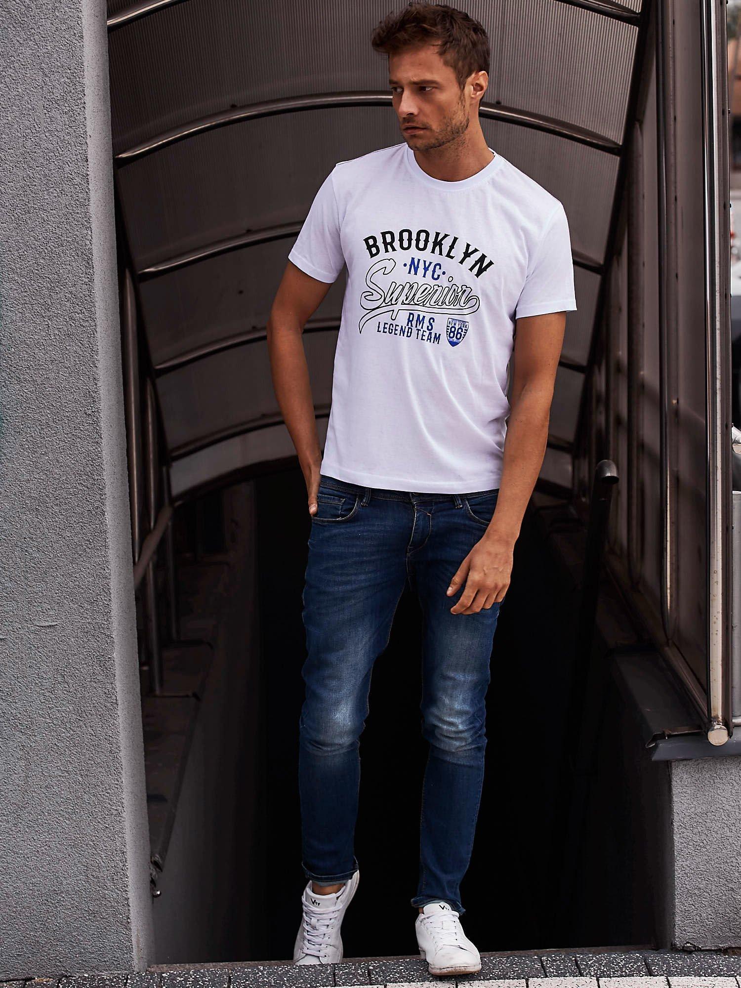 Biały t-shirt męski z napisem BROOKLYN NYC                                  zdj.                                  6