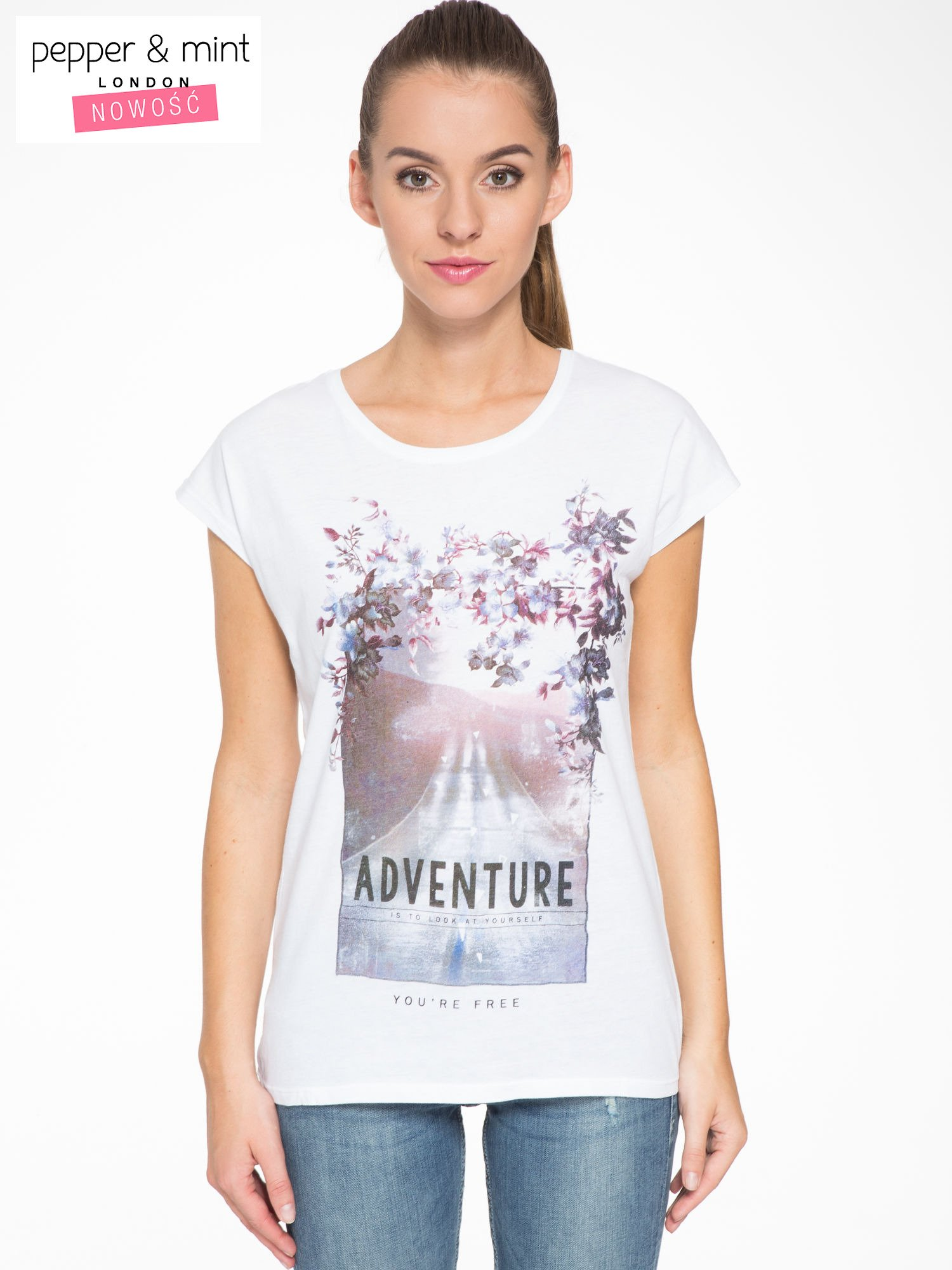 Biały t-shirt z fotografią drogi i napisem ADVENTURE                                  zdj.                                  1