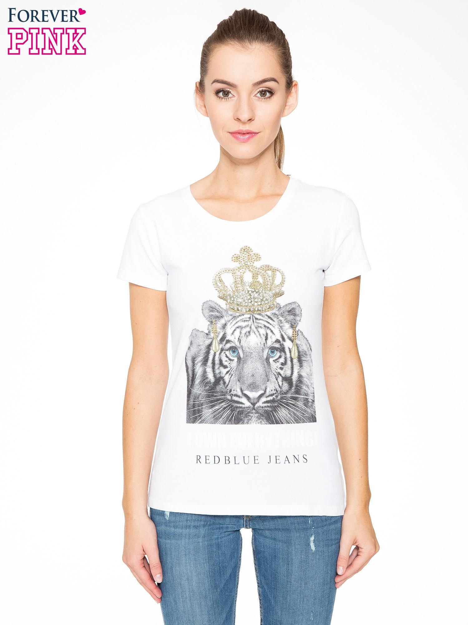 Biały t-shirt z nadrukiem tygrysa z koroną                                  zdj.                                  1