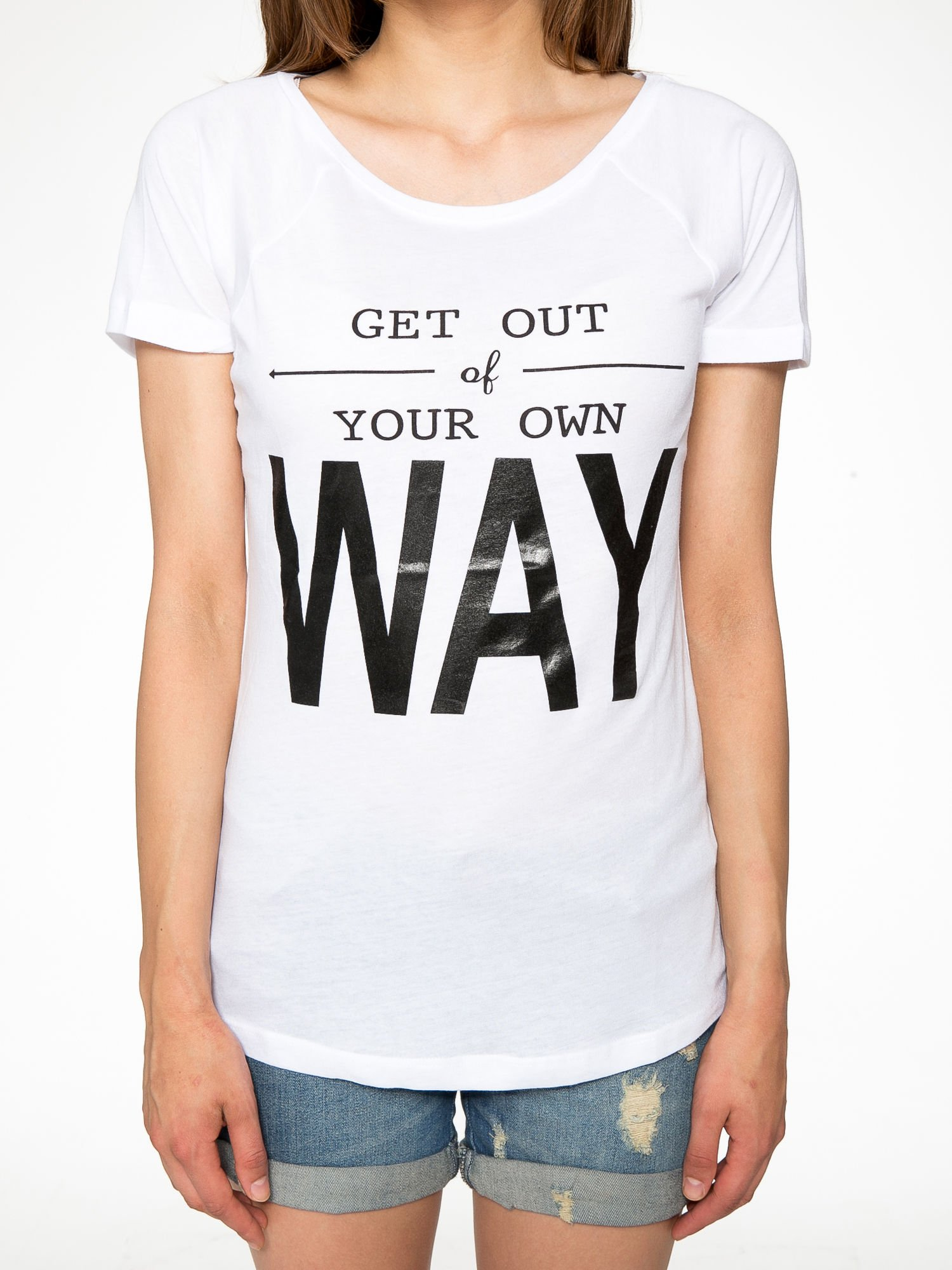 Biały t-shirt z napisem GET OUT OF YOUR OWN WAY                                  zdj.                                  7