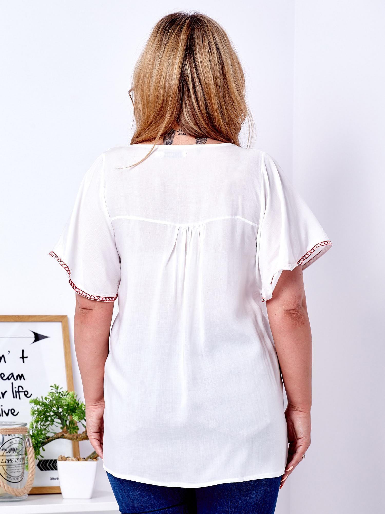 5340472d79 Bluzka biała w ludowe desenie PLUS SIZE - Bluzka plus size - sklep ...