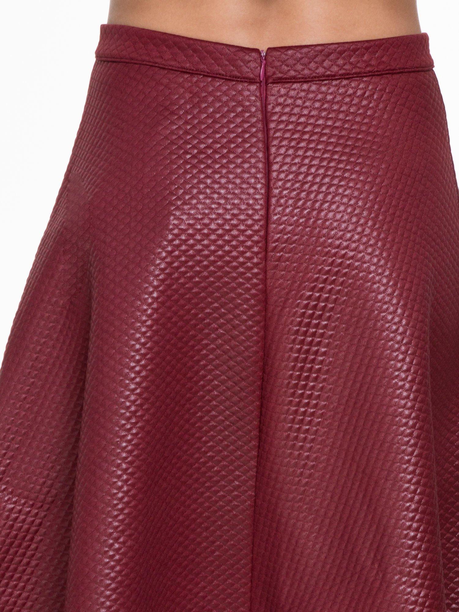 Bordowa pikowana spódnica midi                                  zdj.                                  6