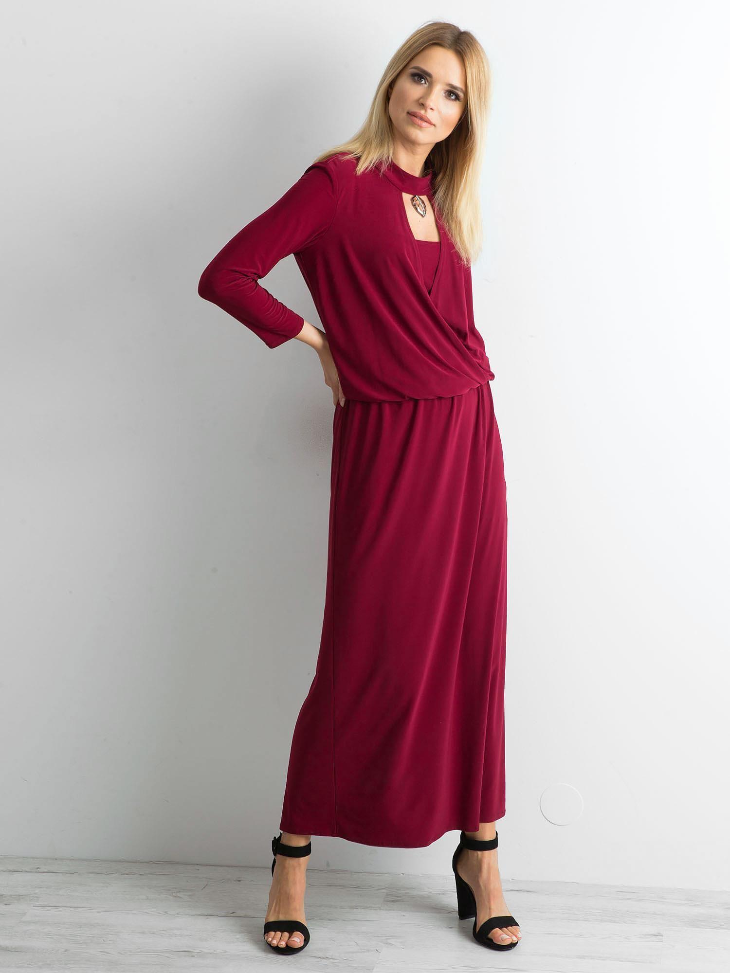 c8641517 Bordowa sukienka maxi z wycięciem