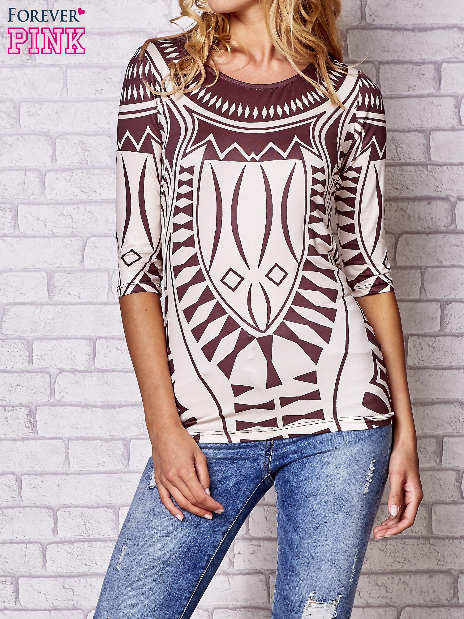 Brązowa bluzka z nadrukiem geometrycznym                                  zdj.                                  1