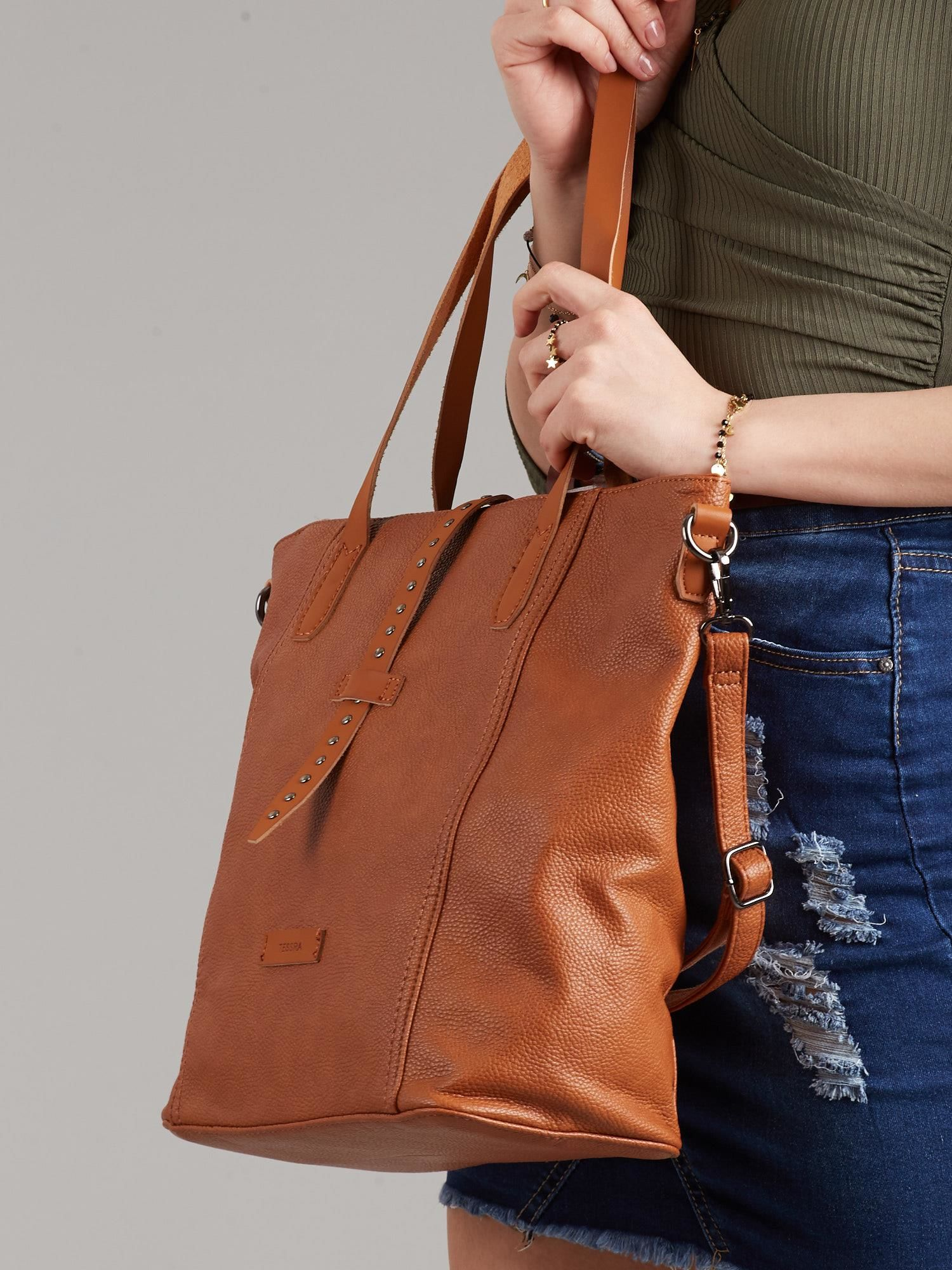 872de8e0b3127 Brązowa torba shopper ze skóry ekologicznej - Akcesoria torba ...