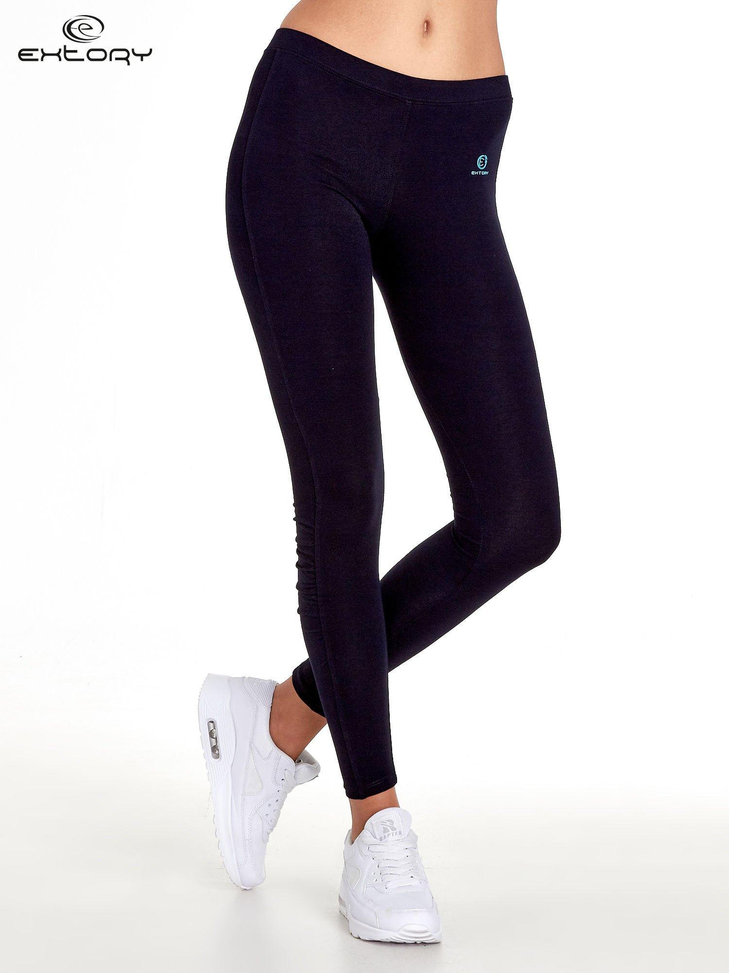 Ciemnogranatowe legginsy sportowe z drapowaniem                                  zdj.                                  1