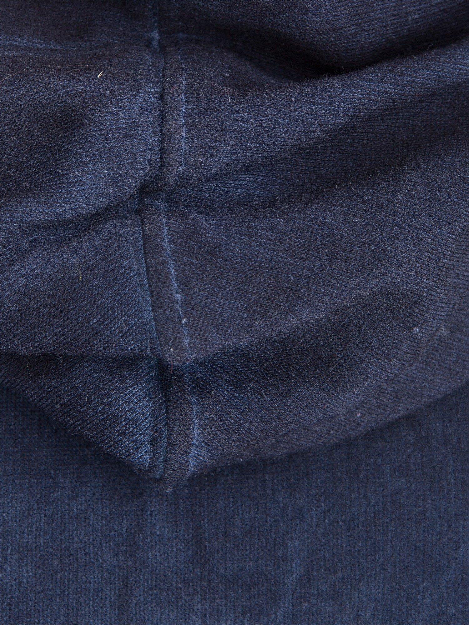 Ciemnoniebieska bluza z kapturem z efektem sprania                                  zdj.                                  9