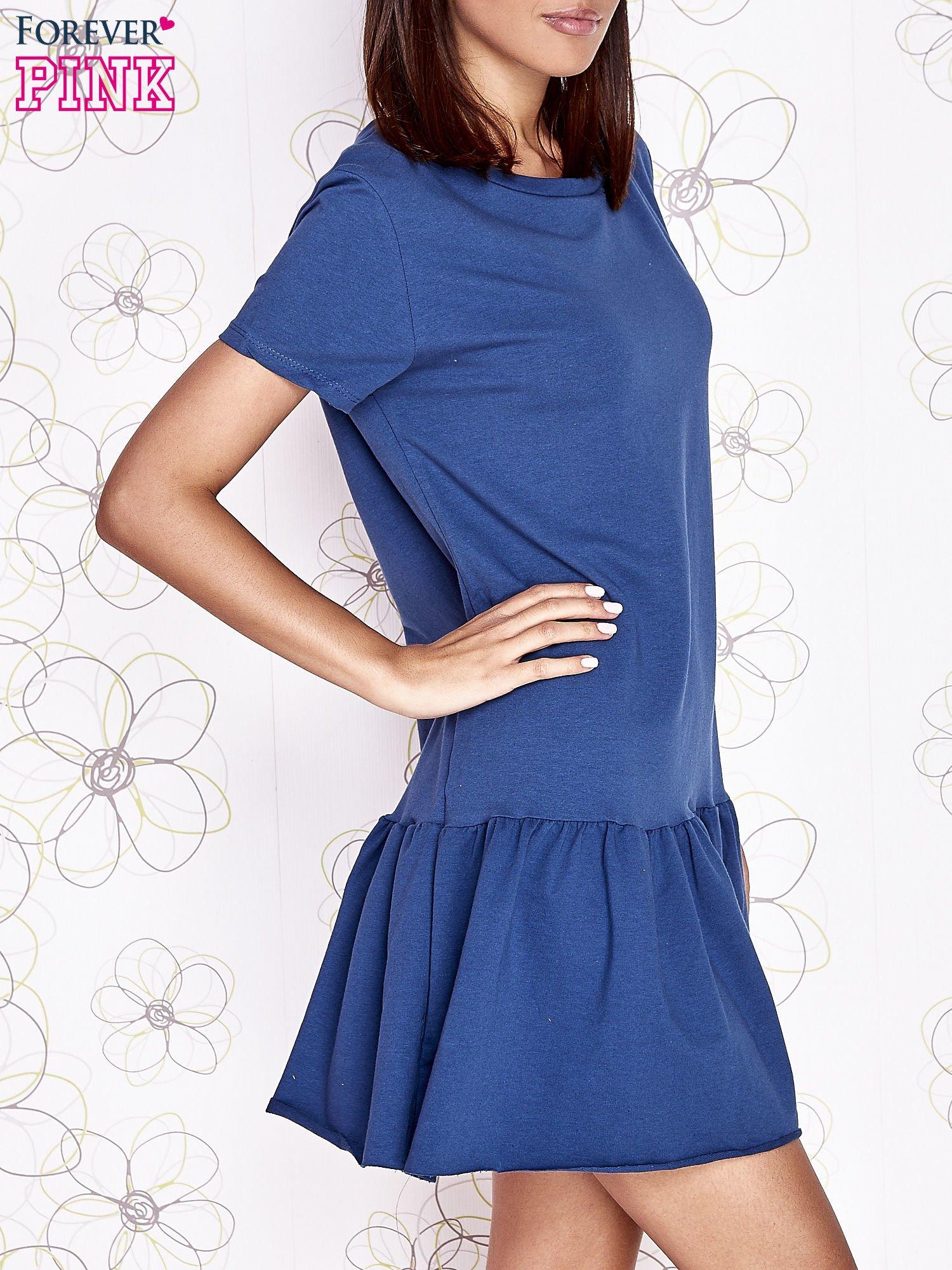 Ciemnoniebieska dresowa sukienka z wycięciem na plecach                                   zdj.                                  3
