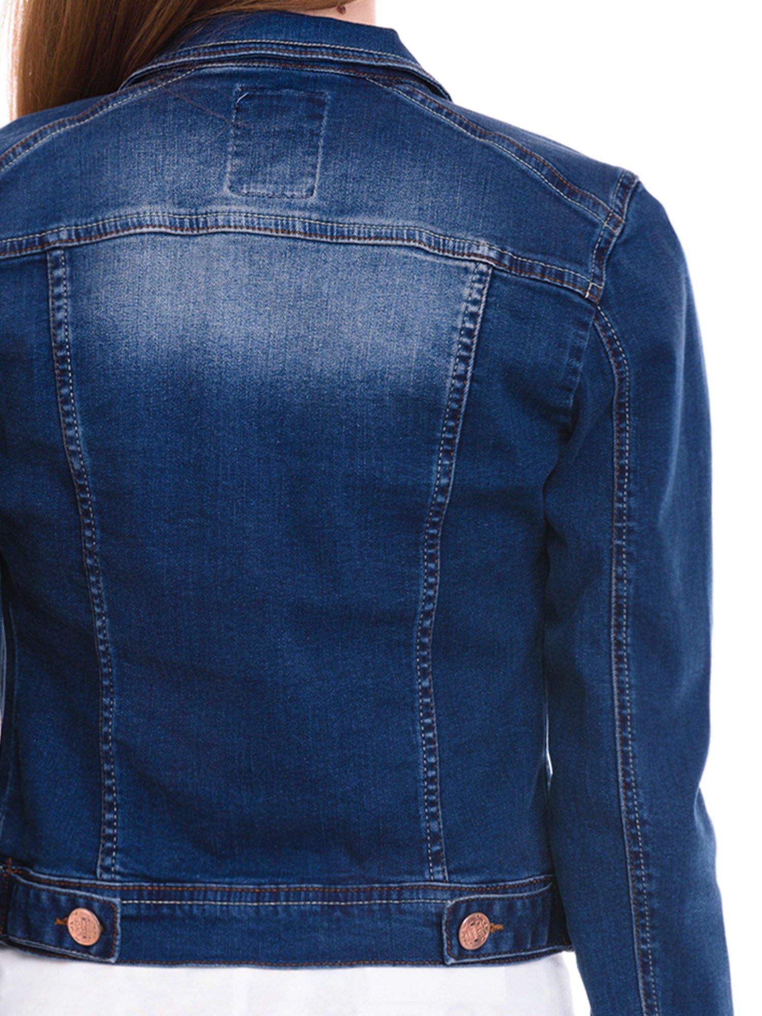 Ciemnoniebieska kurtka jeansowa damska z cieniowaniem i przetarciami                                  zdj.                                  7