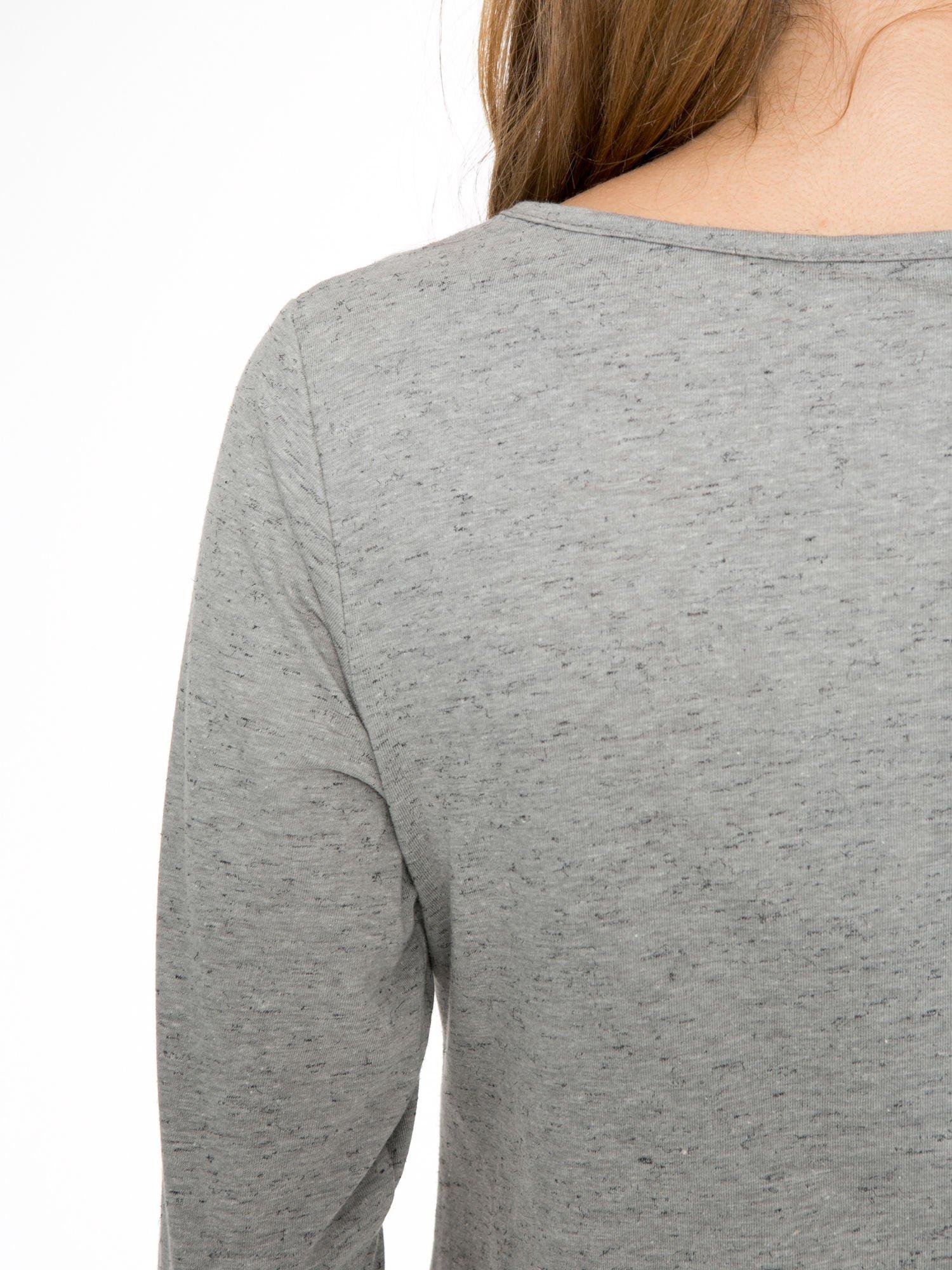 Ciemnoszara melanżowa bluzka z rękawami 3/4                                  zdj.                                  8