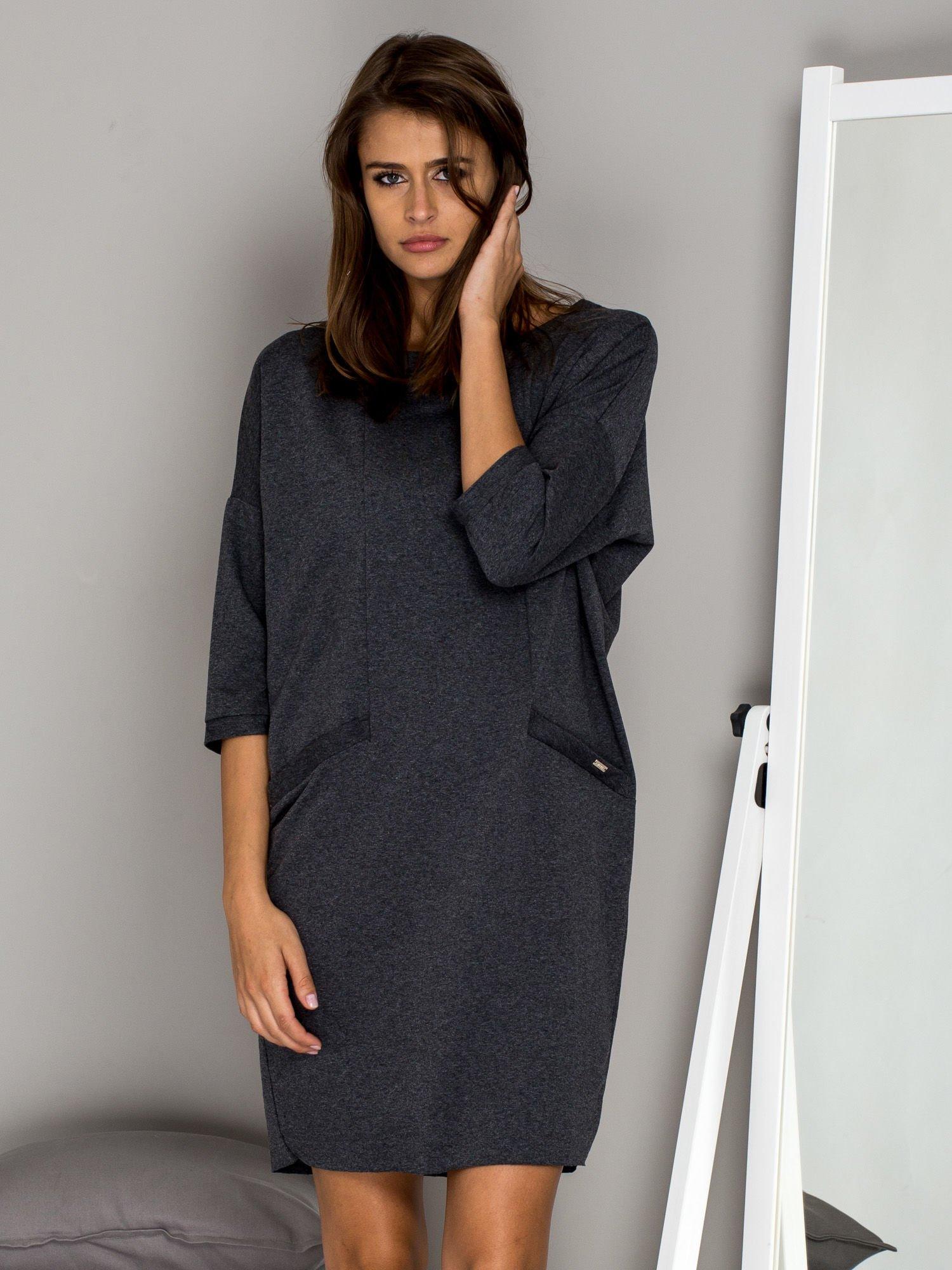 8234a2caf7 Ciemnoszara sukienka oversize - Sukienka dzianinowa - sklep eButik.pl