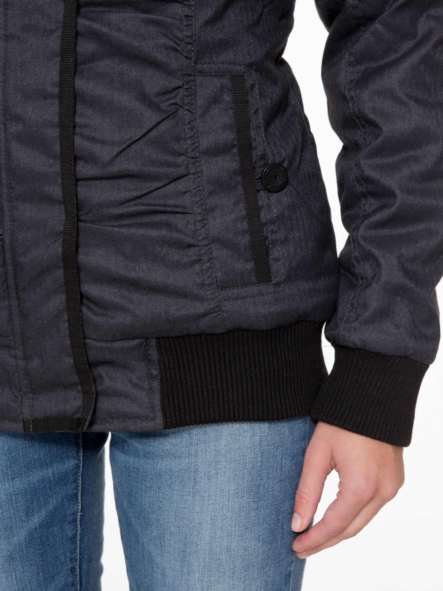 Ciepła kurtka zimowa z kapturem wykończonym futerkiem                                  zdj.                                  6