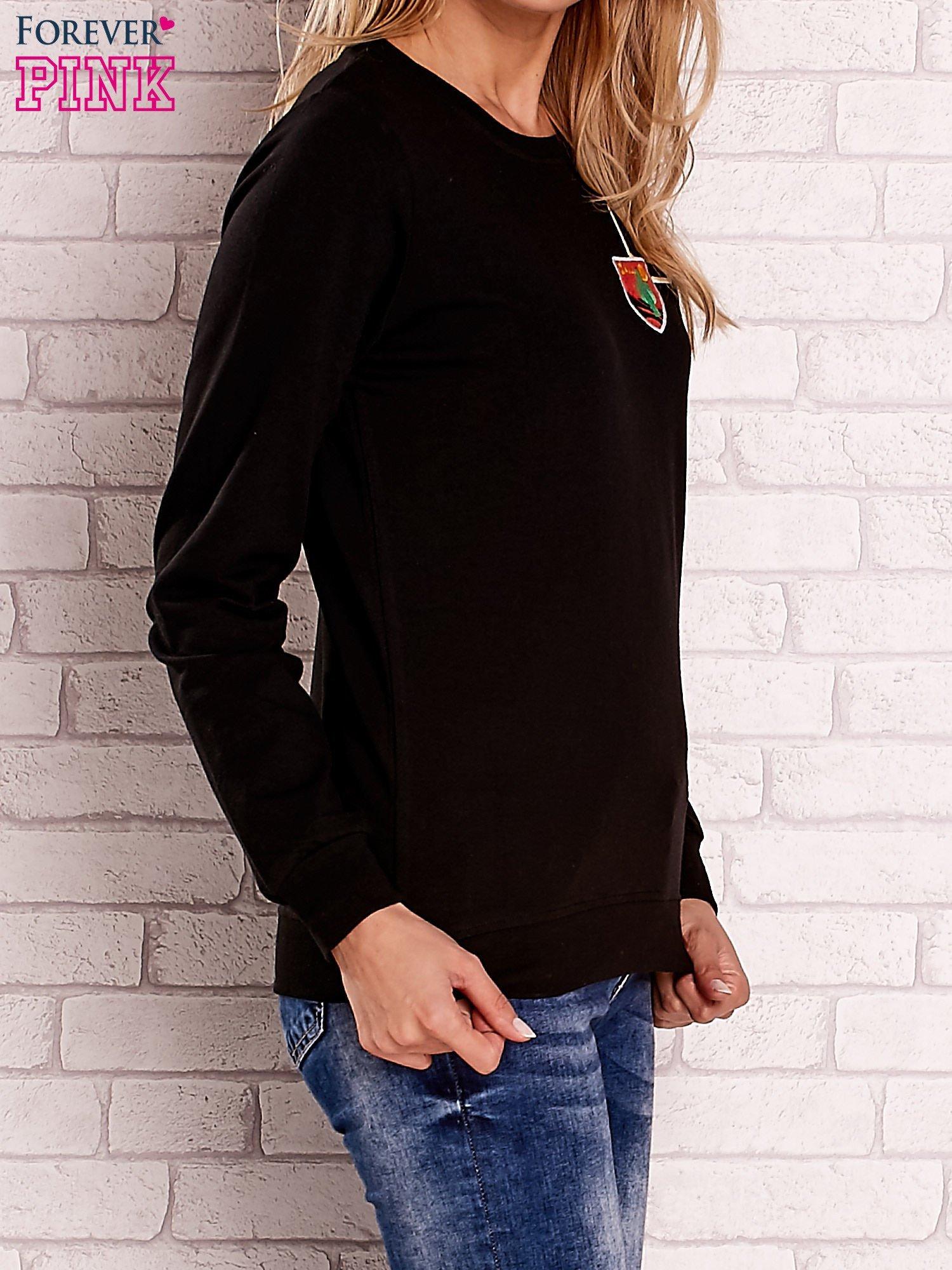 Czarna bluza z kolorowymi naszywkami                                  zdj.                                  3