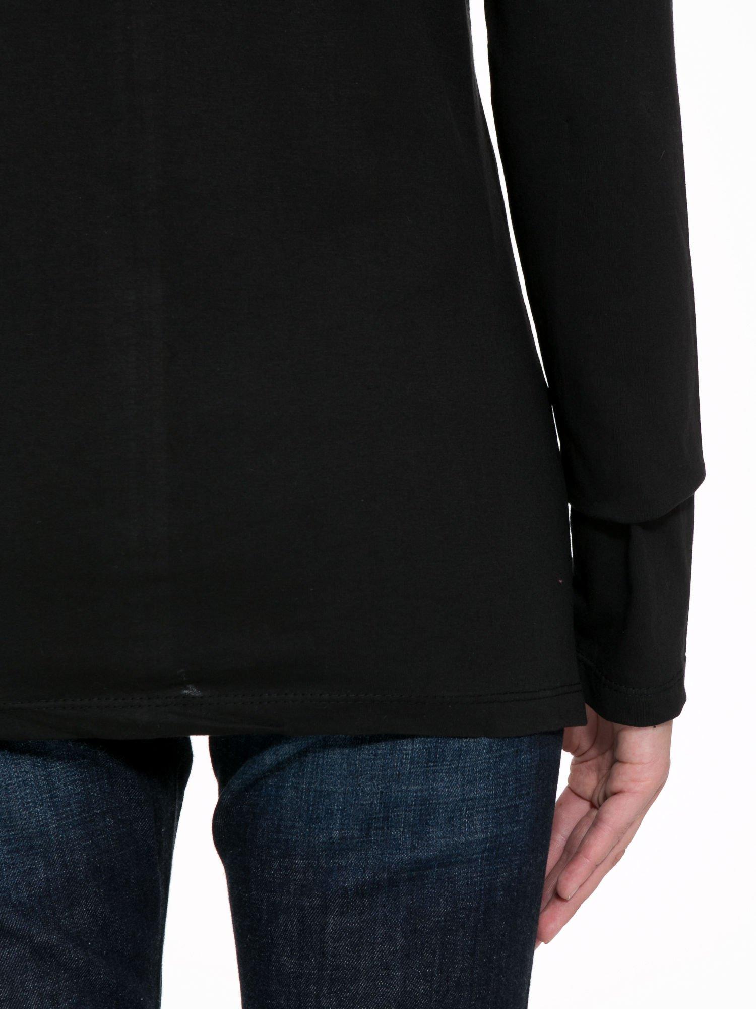 Czarna bluzka z fotografią dziewczyny                                  zdj.                                  9