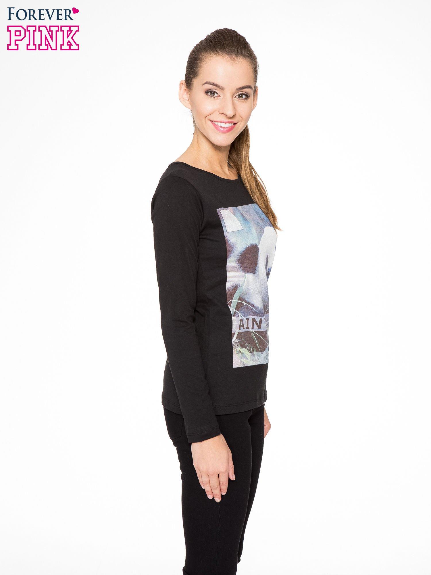 Czarna bluzka z nadrukiem pandy                                  zdj.                                  3