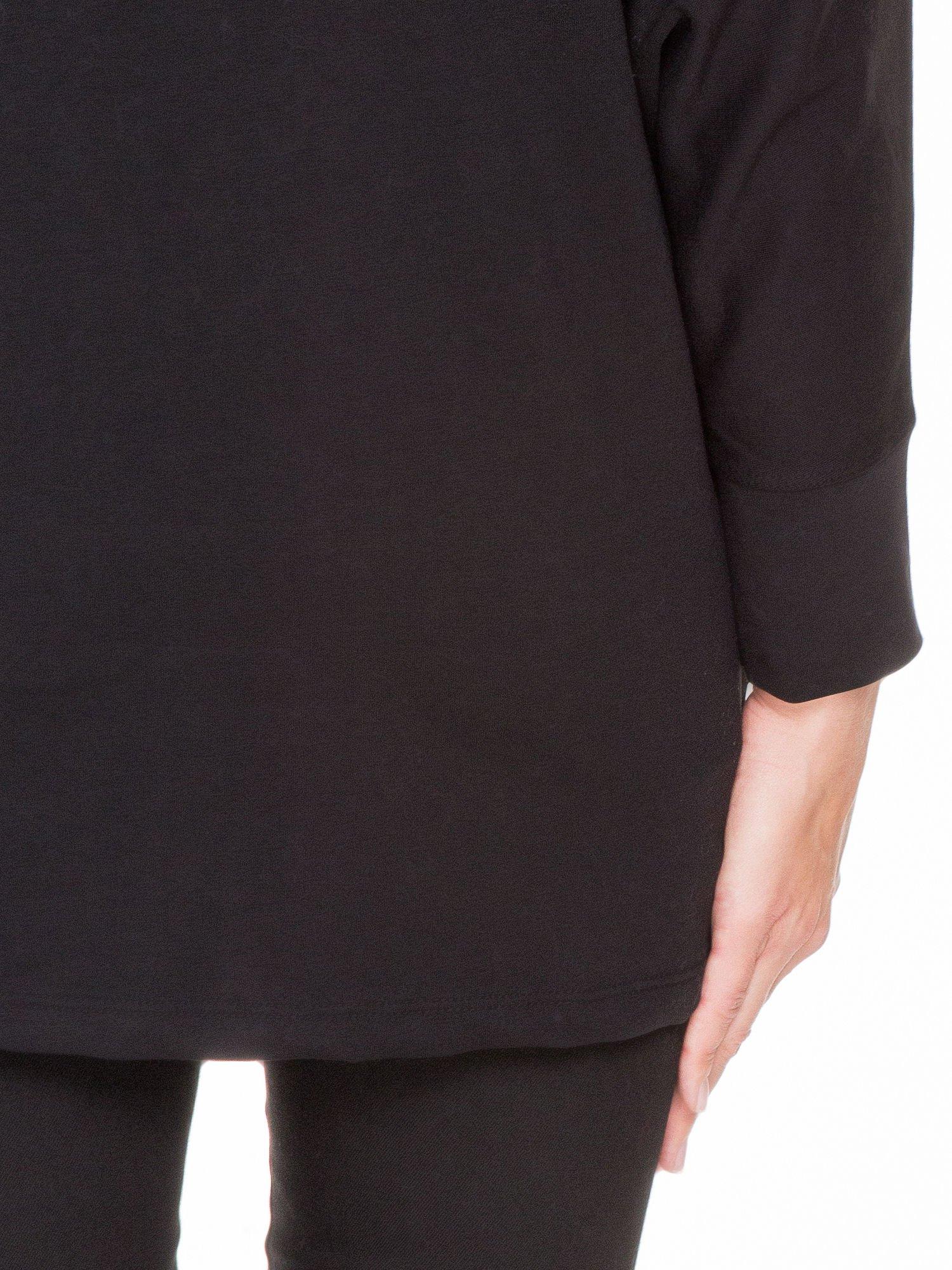 Czarna dresowa otwarta bluza z nietoperzowymi rękawami                                  zdj.                                  9