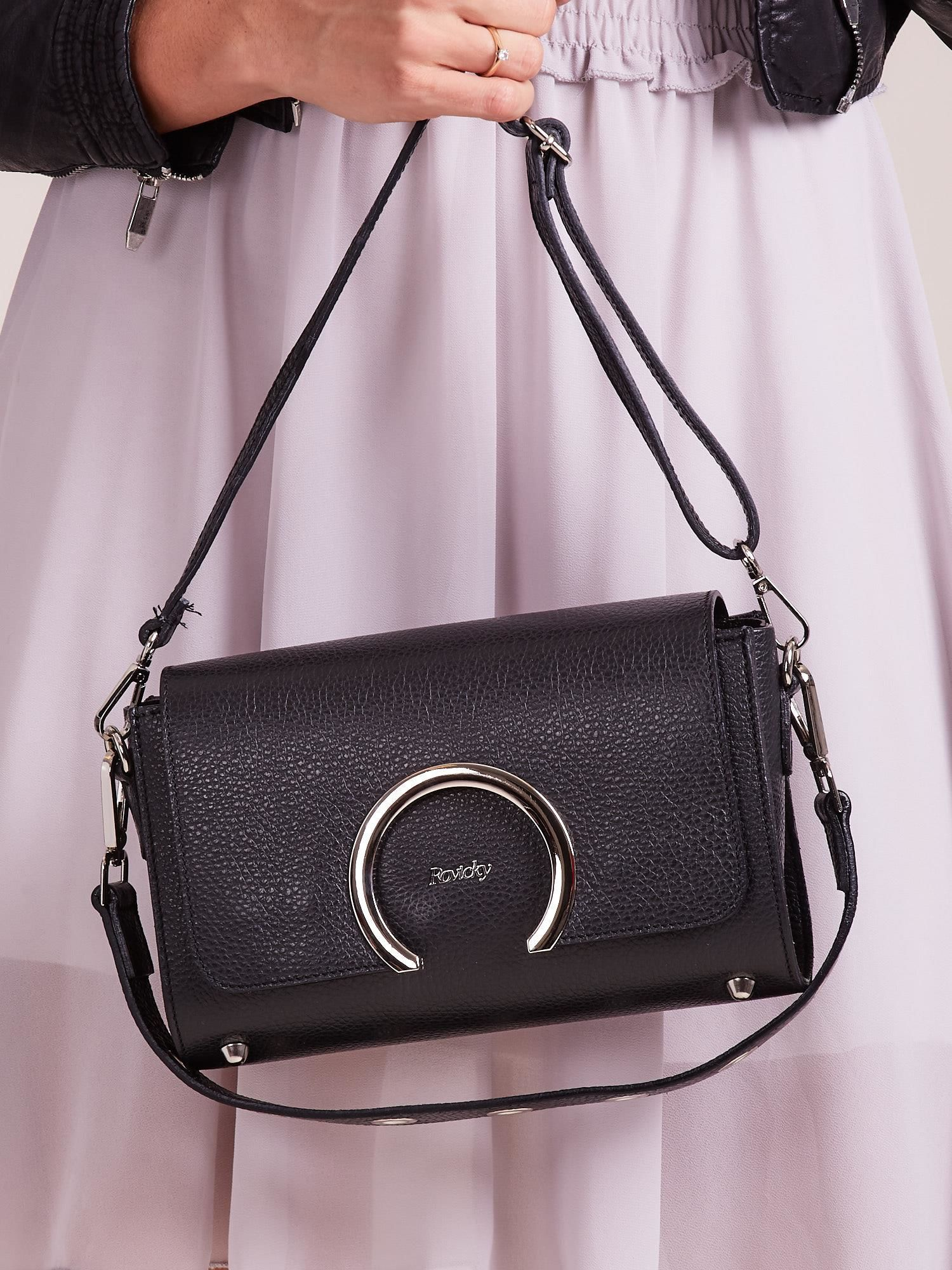 f629b6a62ce96 Czarna elegancka listonoszka ze skóry - Akcesoria torba - sklep ...