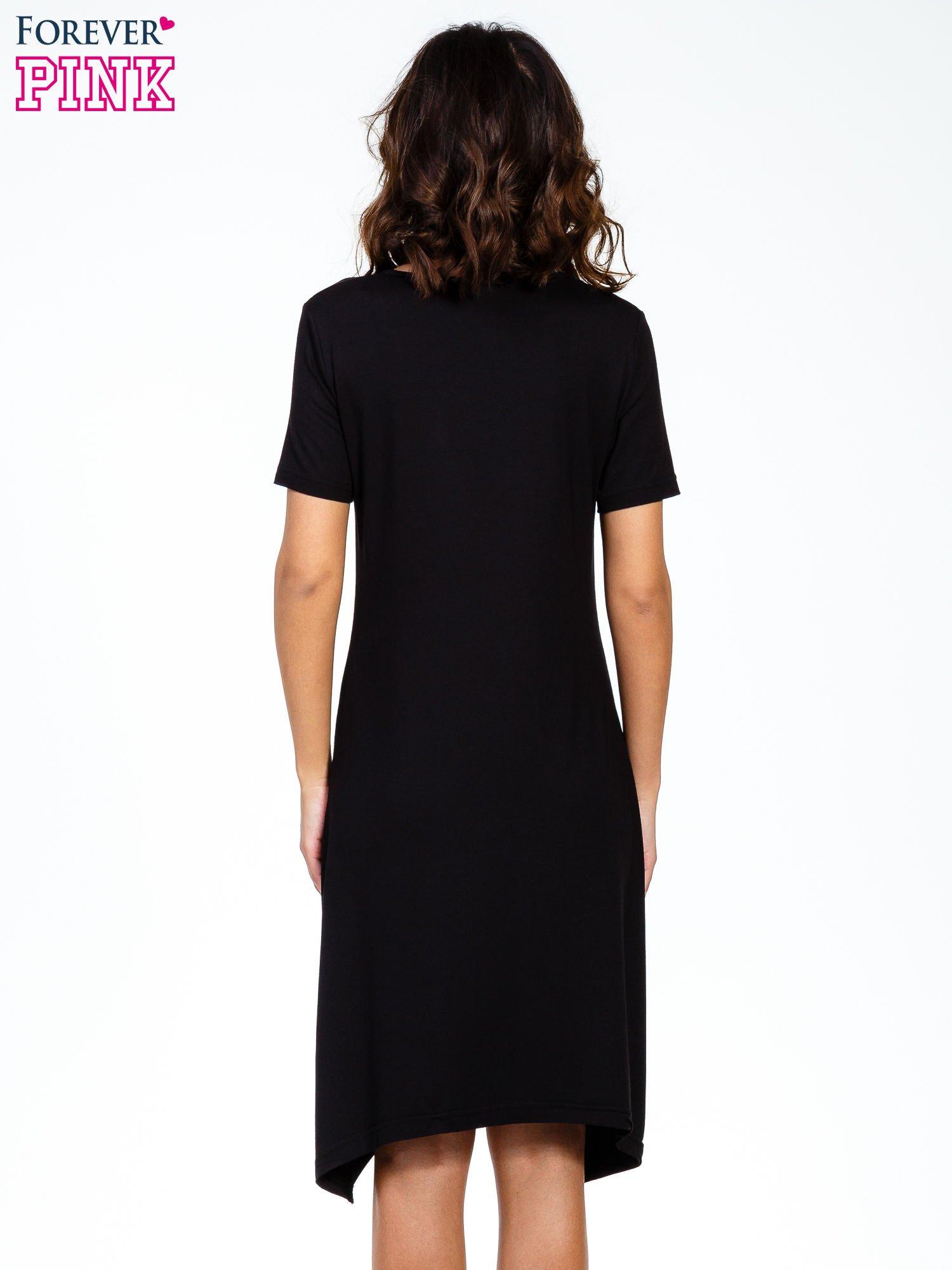 Czarna luźna sukienka z asymetrycznym dołem                                  zdj.                                  6