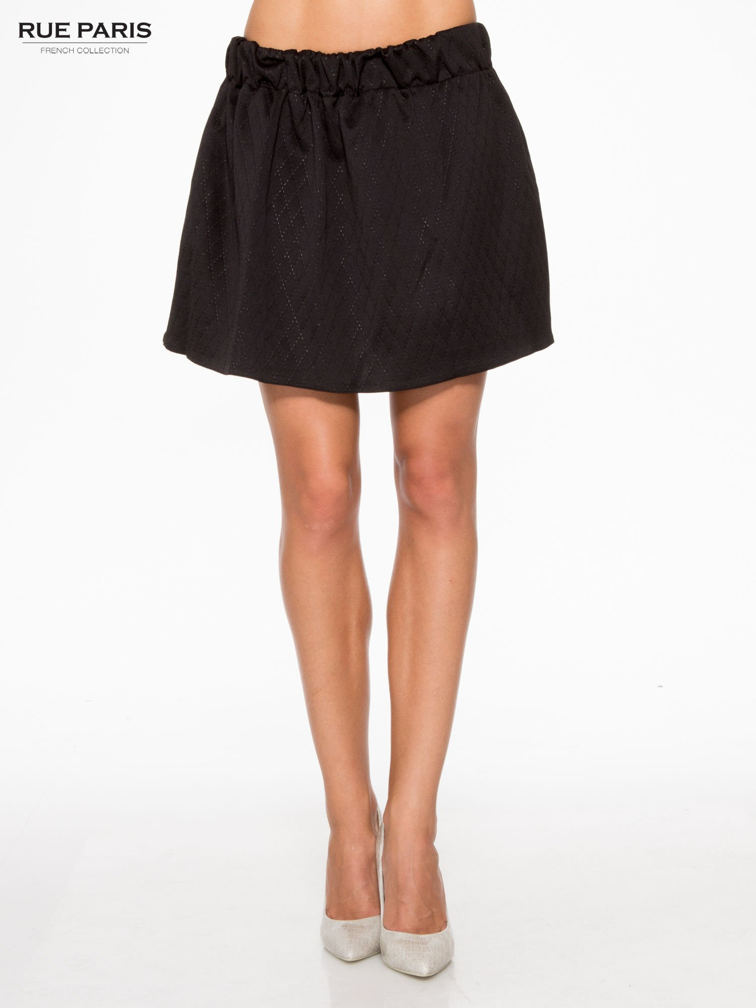 Czarna mini spódniczka w pikowany wzór                                  zdj.                                  1