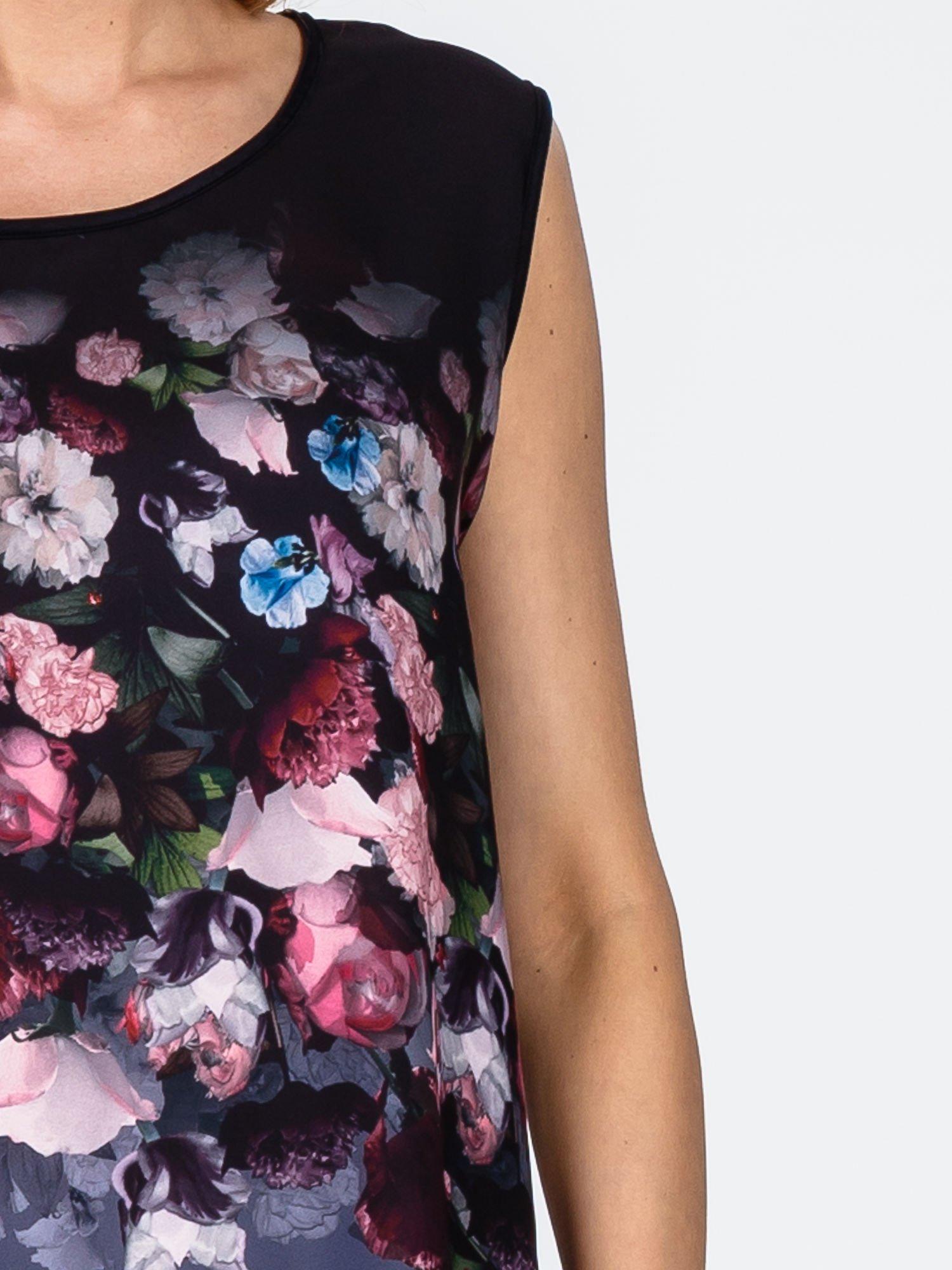 Czarna sukienka z kwiatowym nadrukiem i asymetrycznym dołem                                  zdj.                                  5