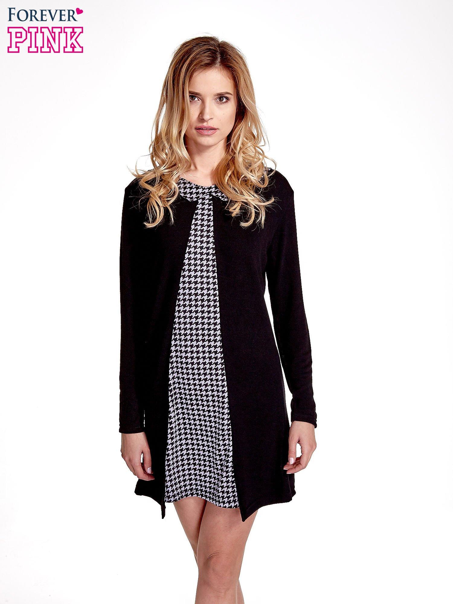Czarna sukienka z nadrukiem pepitki                                  zdj.                                  1