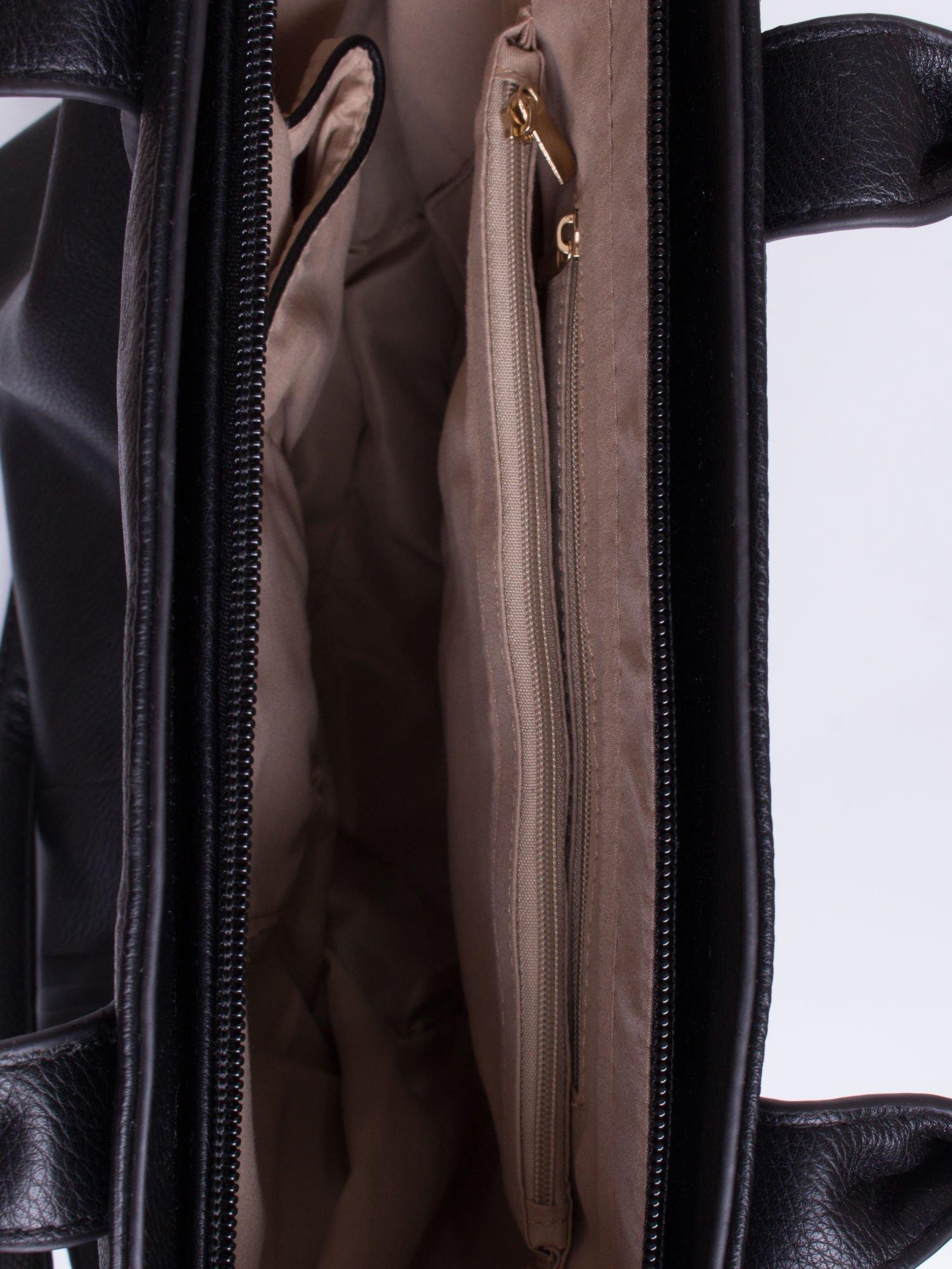 Czarna torba damska do ręki                                  zdj.                                  4