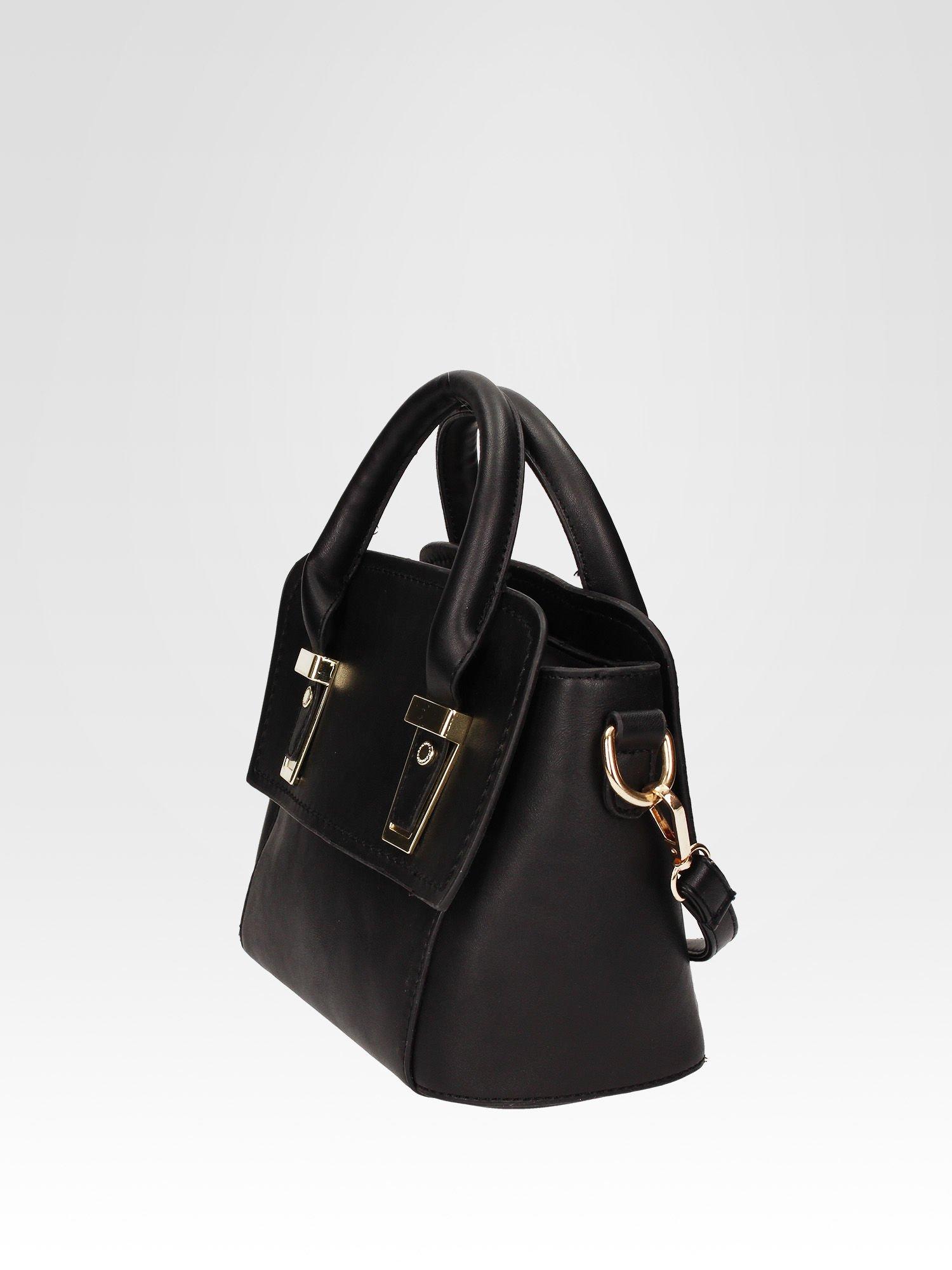 Czarna torebka kuferek z odpinanym paskiem                                  zdj.                                  3