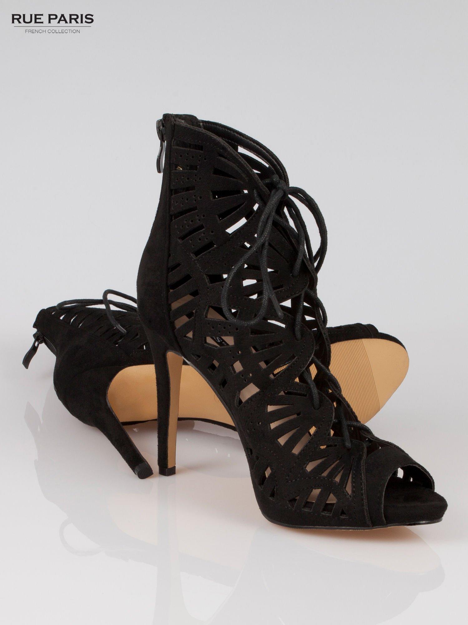 Czarne ażurowe botki lace up                                  zdj.                                  4