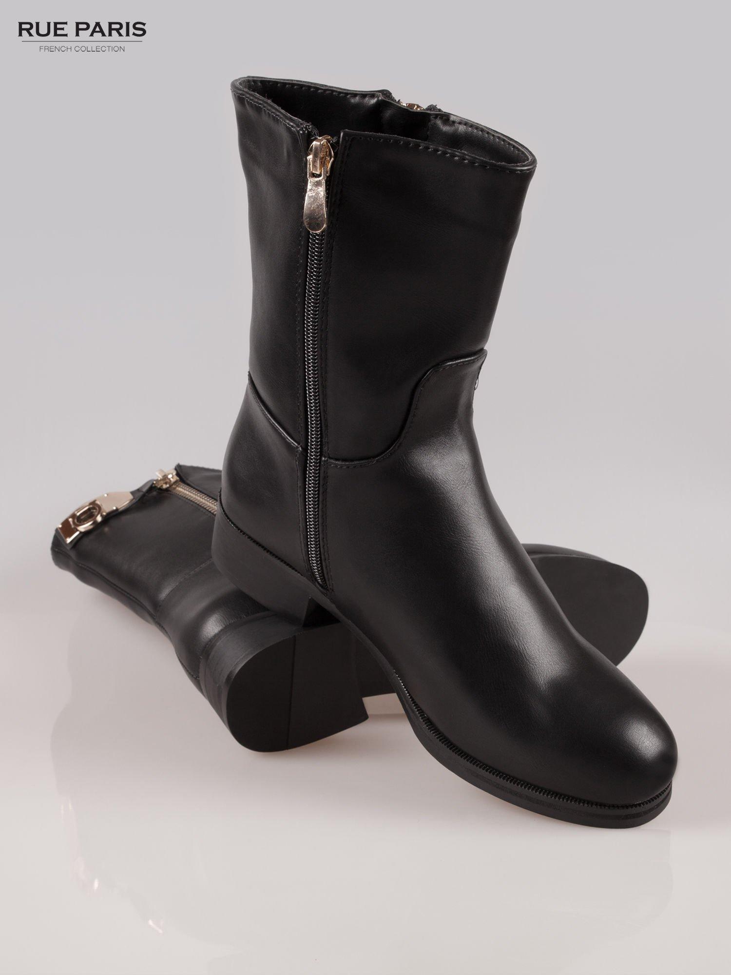 Czarne botki biker boots ze złotą sprzączką i zamkiem                                  zdj.                                  4