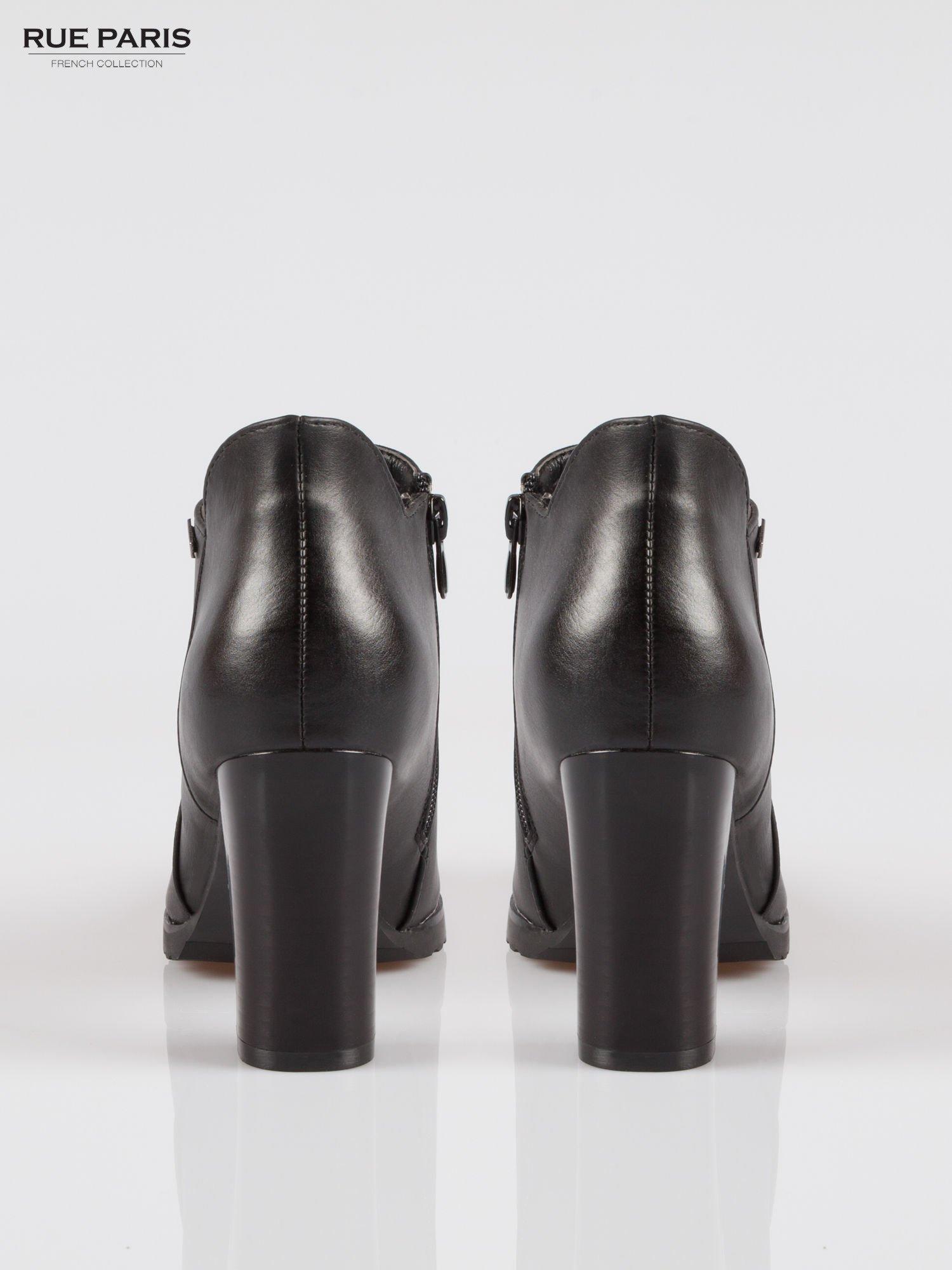 Czarne eleganckie botki na słupkowym obasie i platformie                                  zdj.                                  3