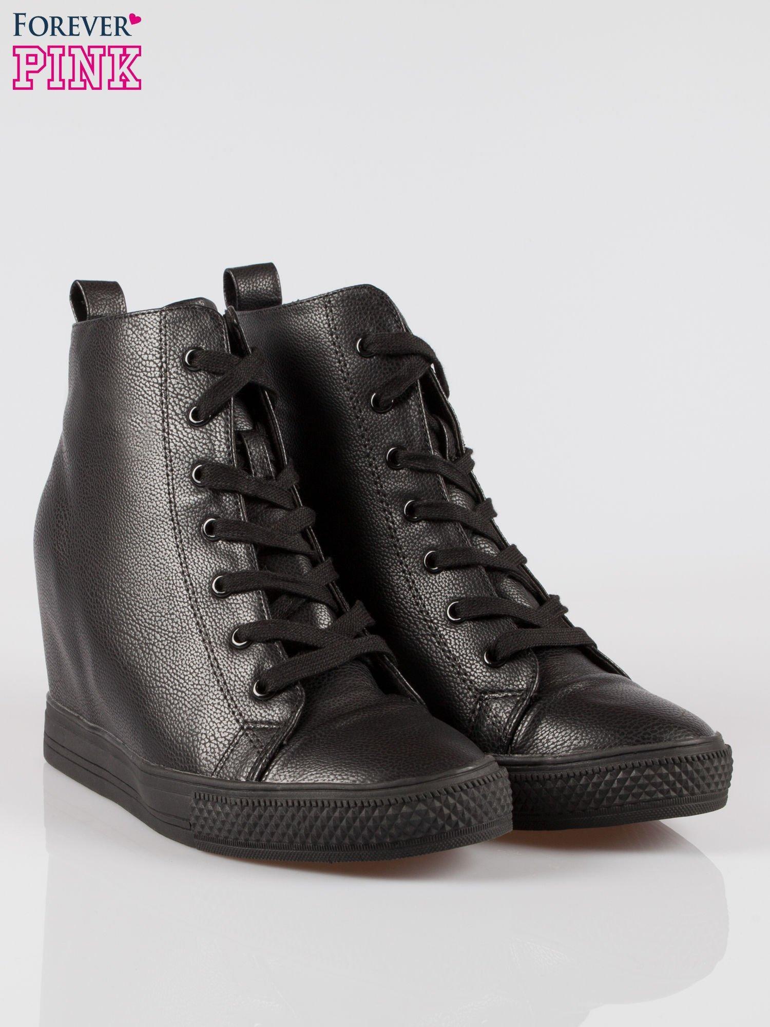 Czarne klasyczne trampki na koturnie sneakersy                                  zdj.                                  2