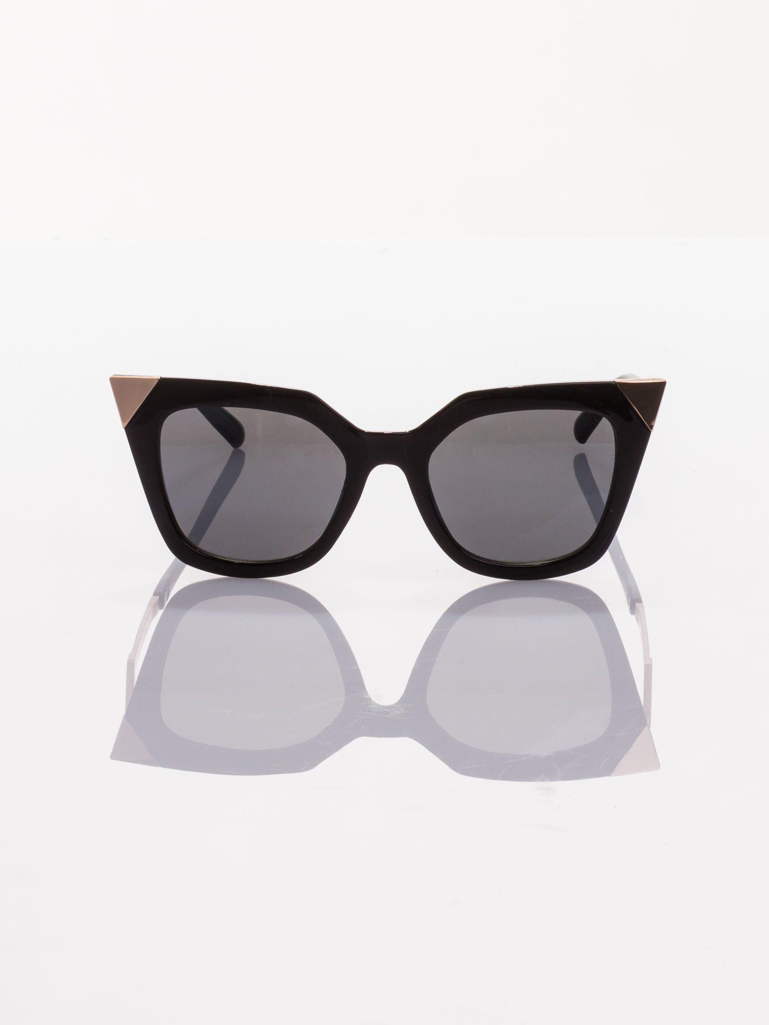 Czarne okulary FASHION przeciwsłoneczne KOCIE OCZY stylizowane na FENDI                                  zdj.                                  2