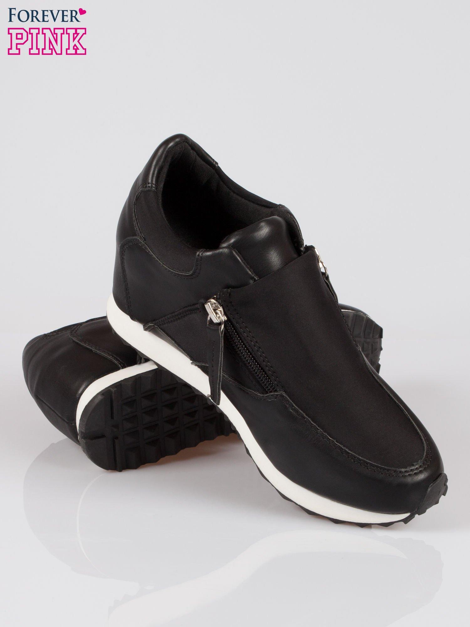 Czarne sneakersy damskie z suwakiem                                  zdj.                                  4