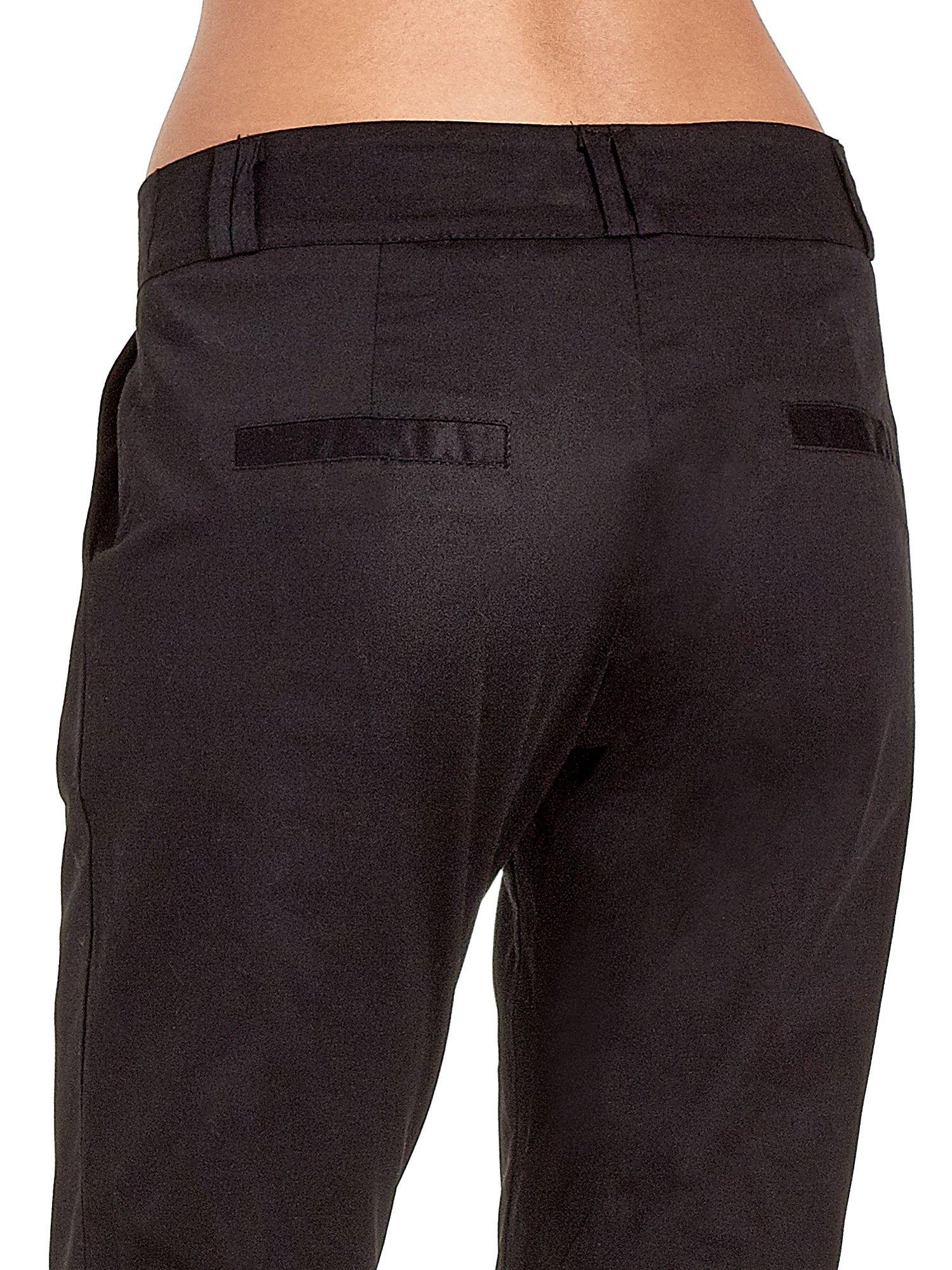 Czarne spodnie cygaretki z zakładkami                                  zdj.                                  7