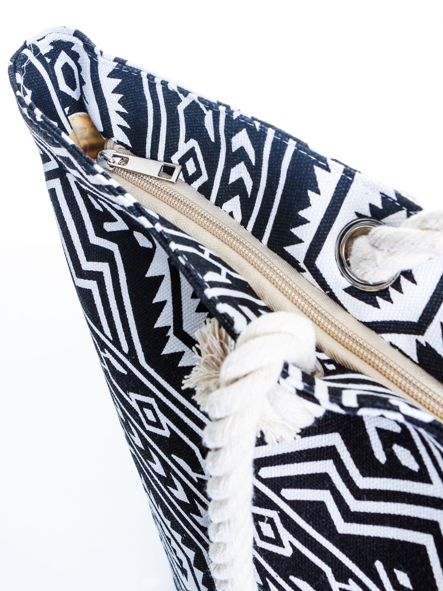 Czarno-biała torba plażowa w azteckie wzory                                  zdj.                                  6
