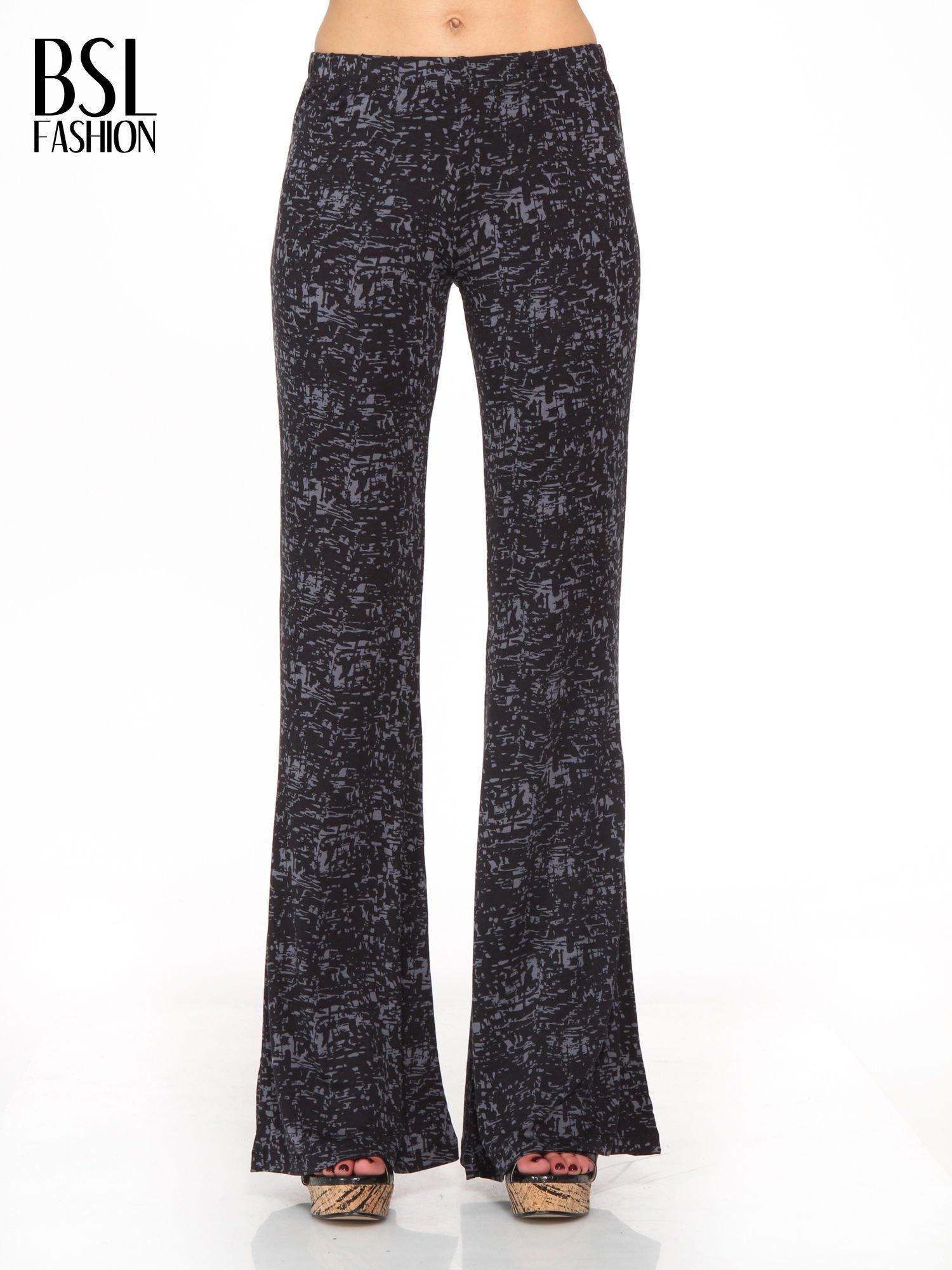 Czarno-szare wzorzyste spodnie typu dzwony                                  zdj.                                  1