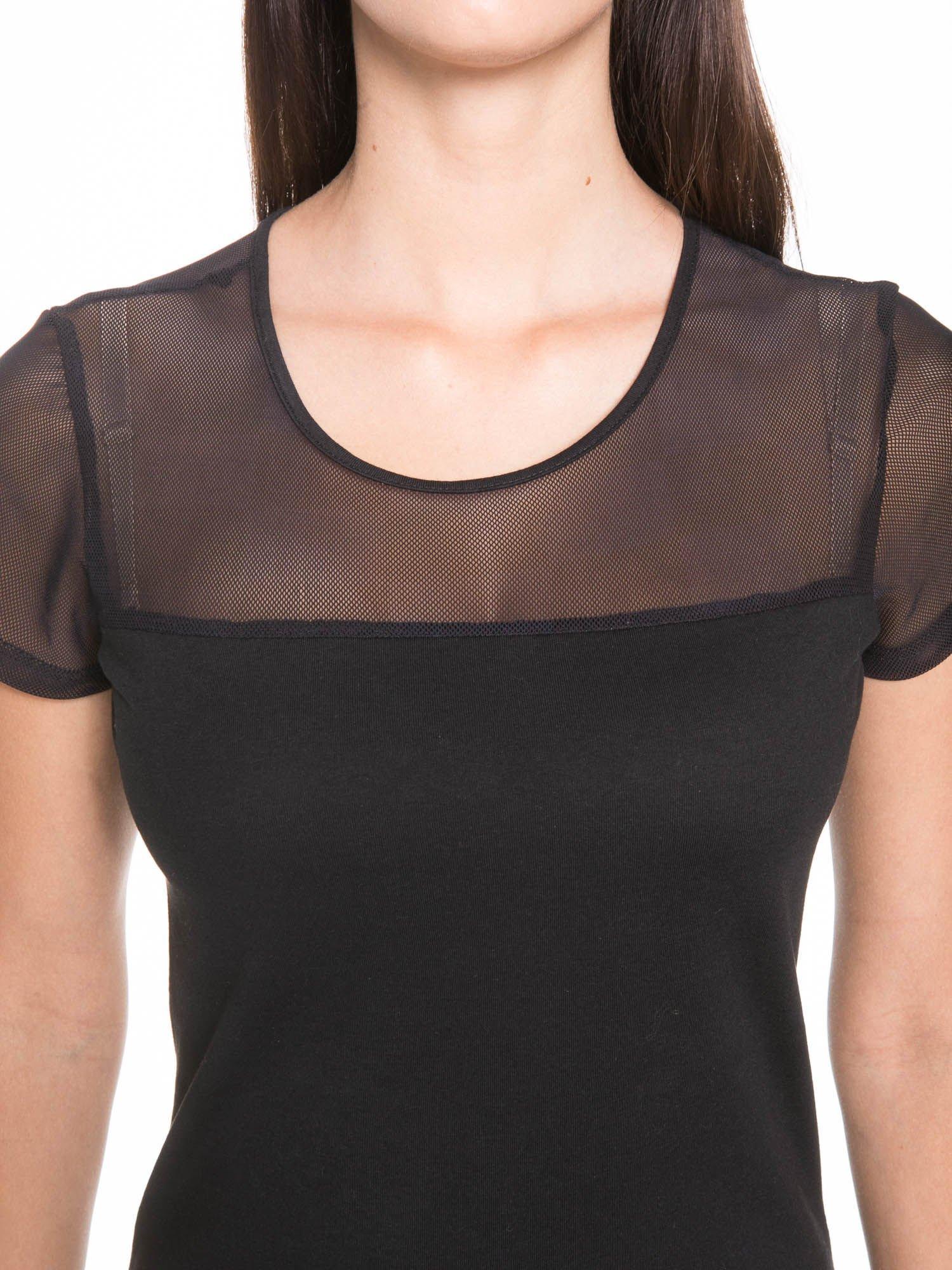 Czarny bawełniany t-shirt z siateczką                                  zdj.                                  7