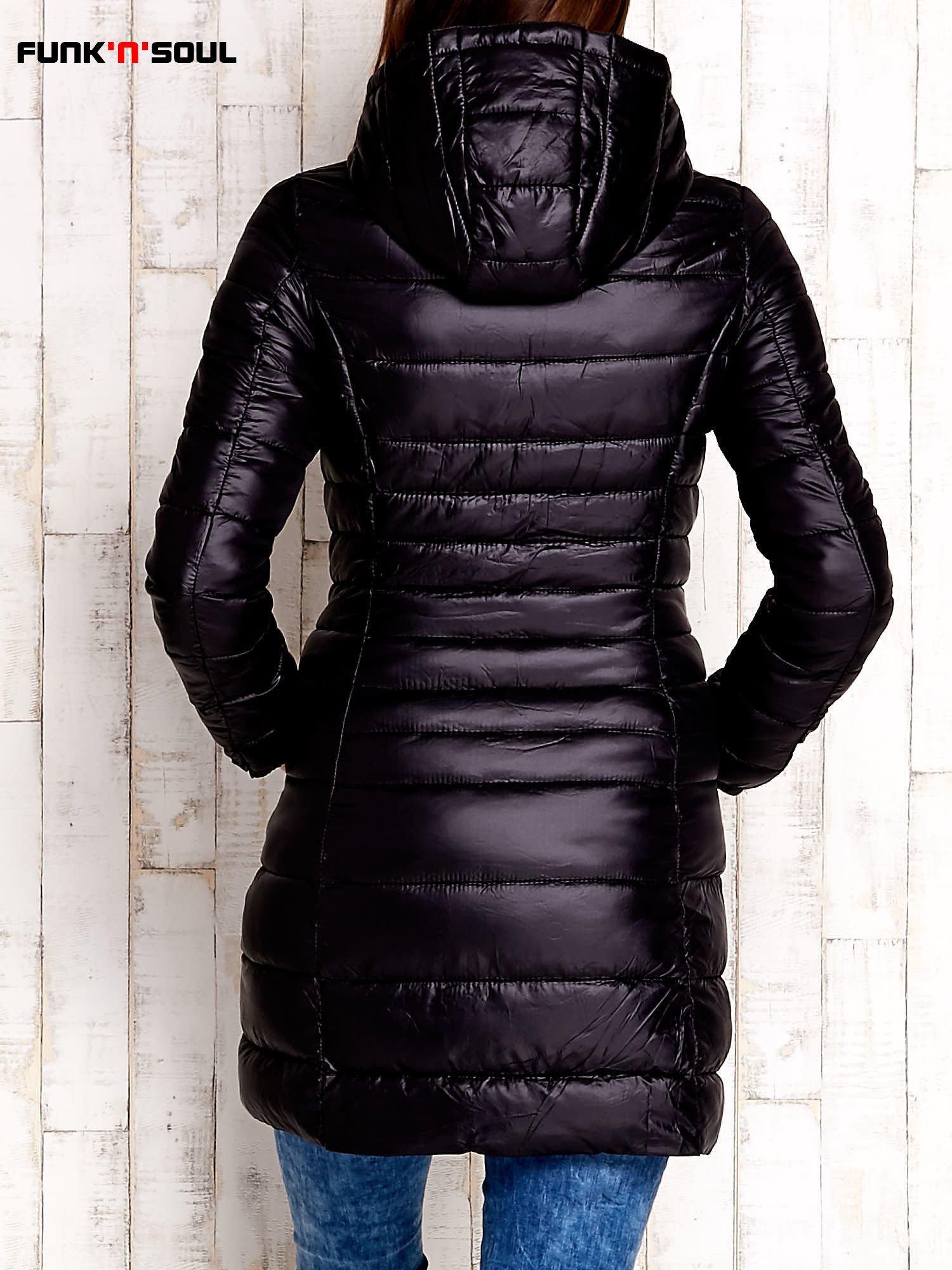 Czarny pikowany płaszcz z kapturem FUNK N SOUL                                  zdj.                                  5