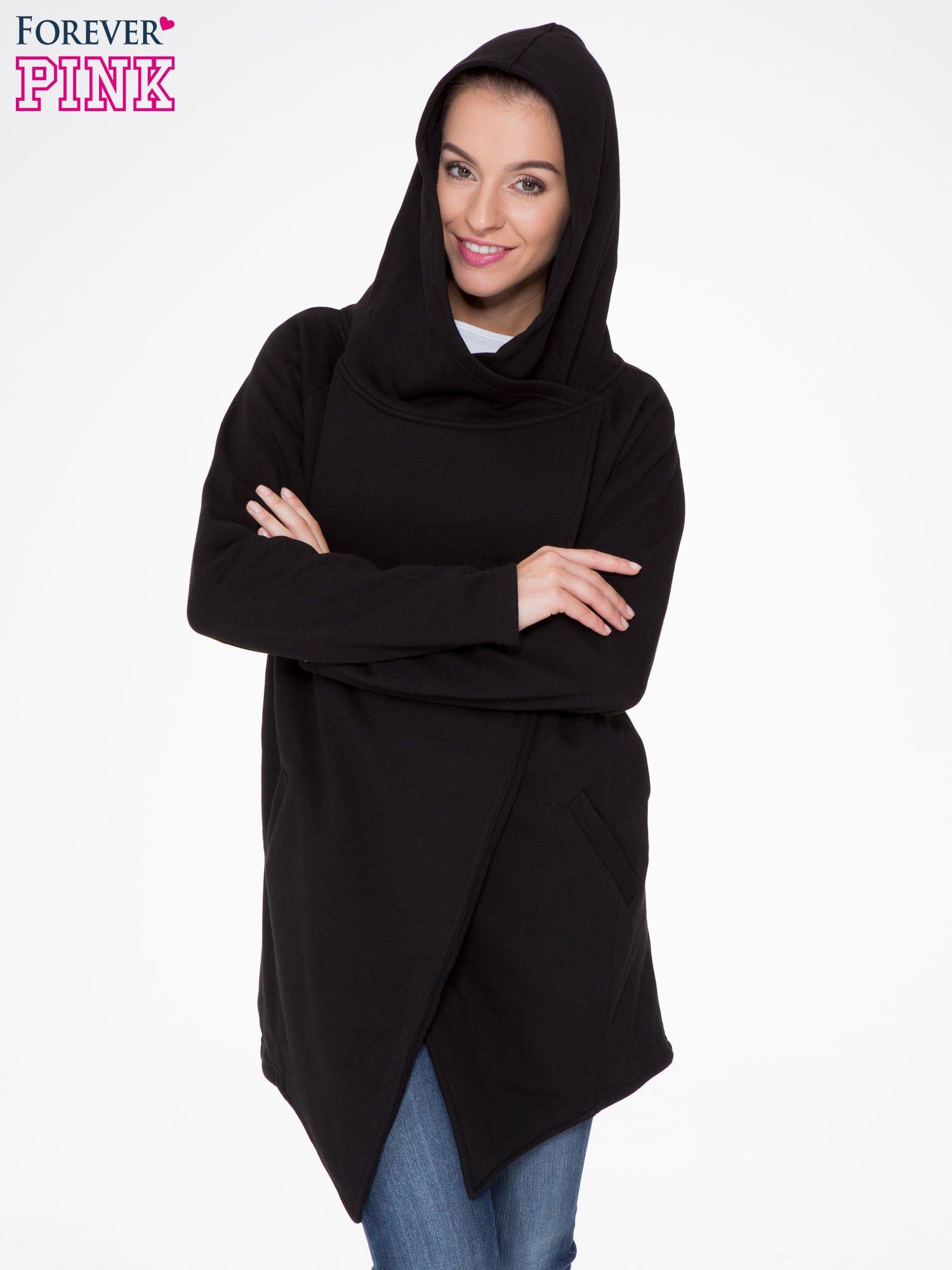 Czarny płaszcz dresowy z kapturem                                  zdj.                                  6