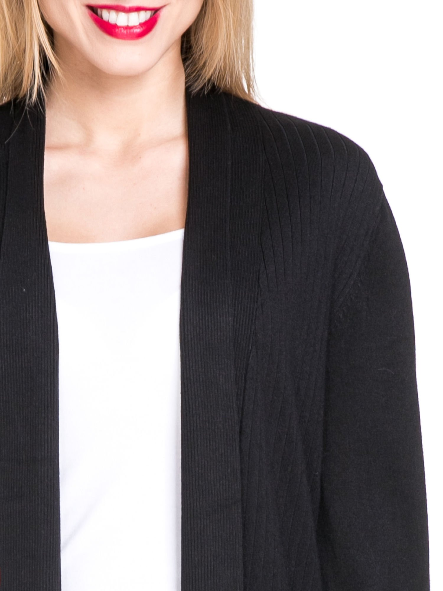 Czarny sweter kardigan z podwijanym rękawami z guziczkami                                  zdj.                                  6