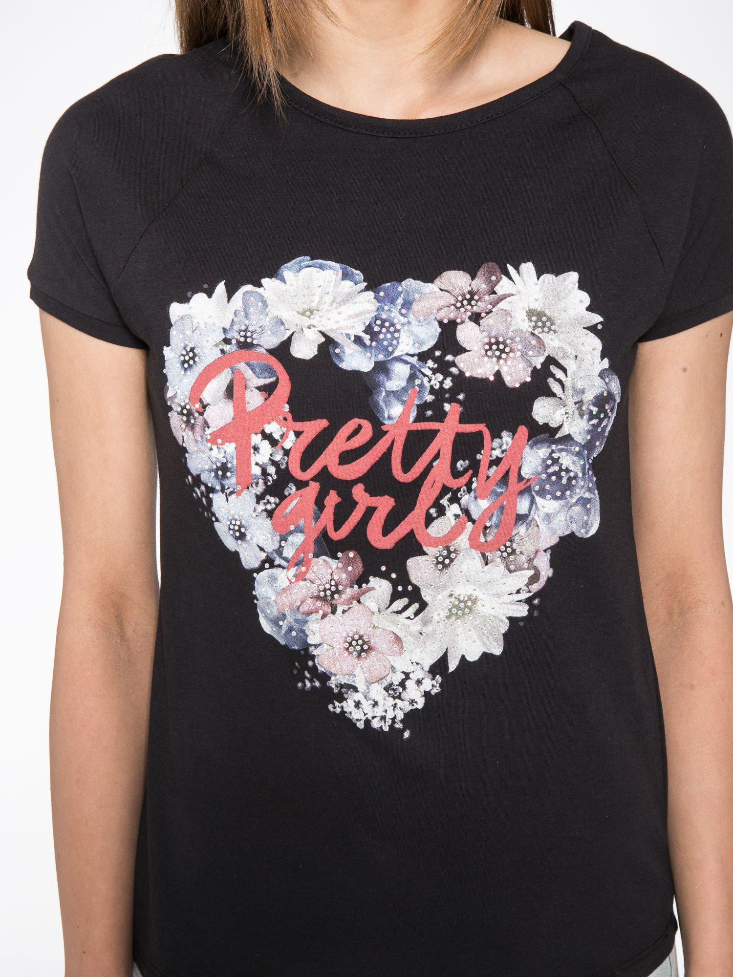 Czarny t-shirt z nadrukiem kwiatowym PRETTY GIRL                                  zdj.                                  7