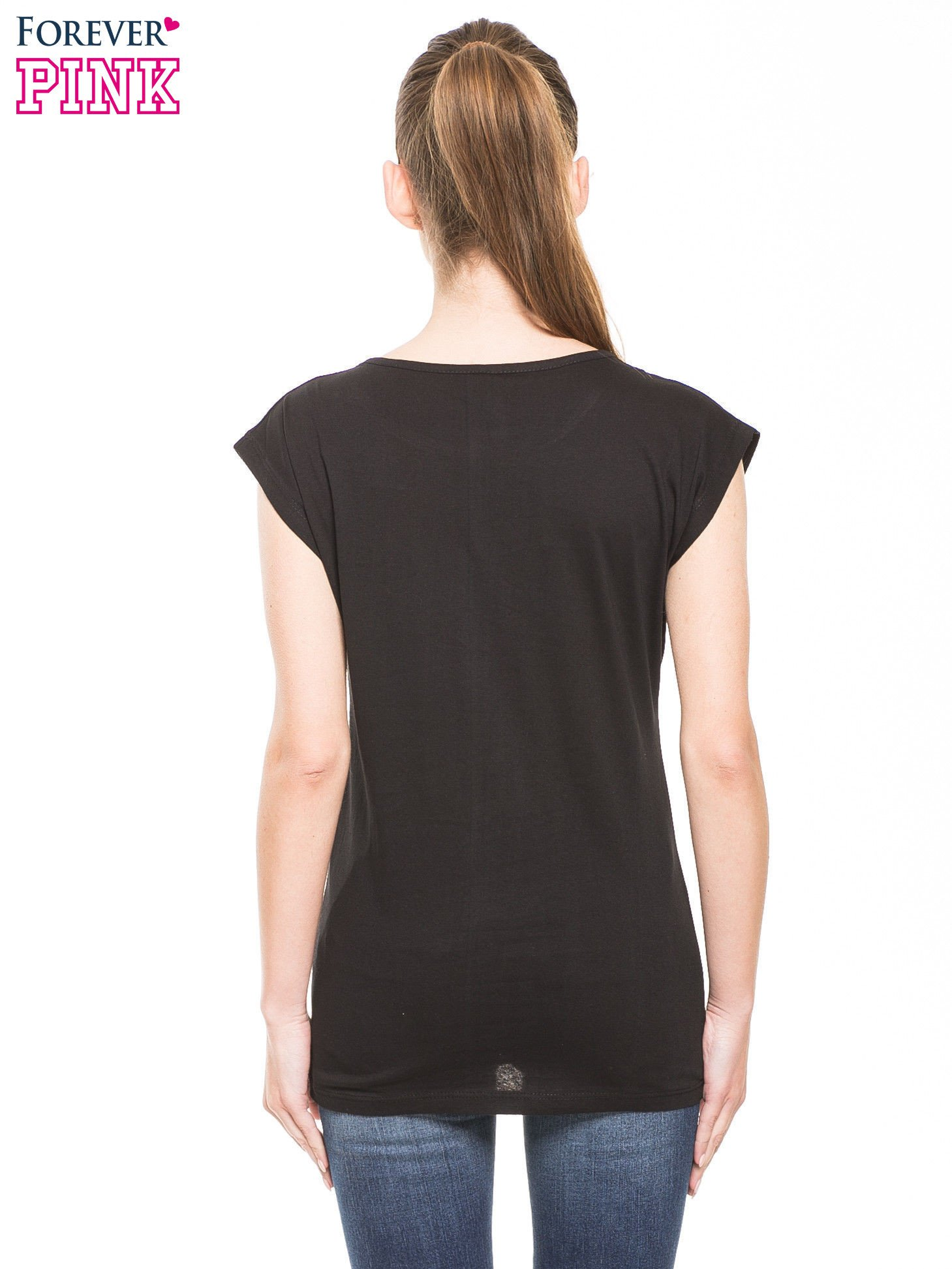 Czarny t-shirt z nadrukiem numerycznym                                  zdj.                                  2
